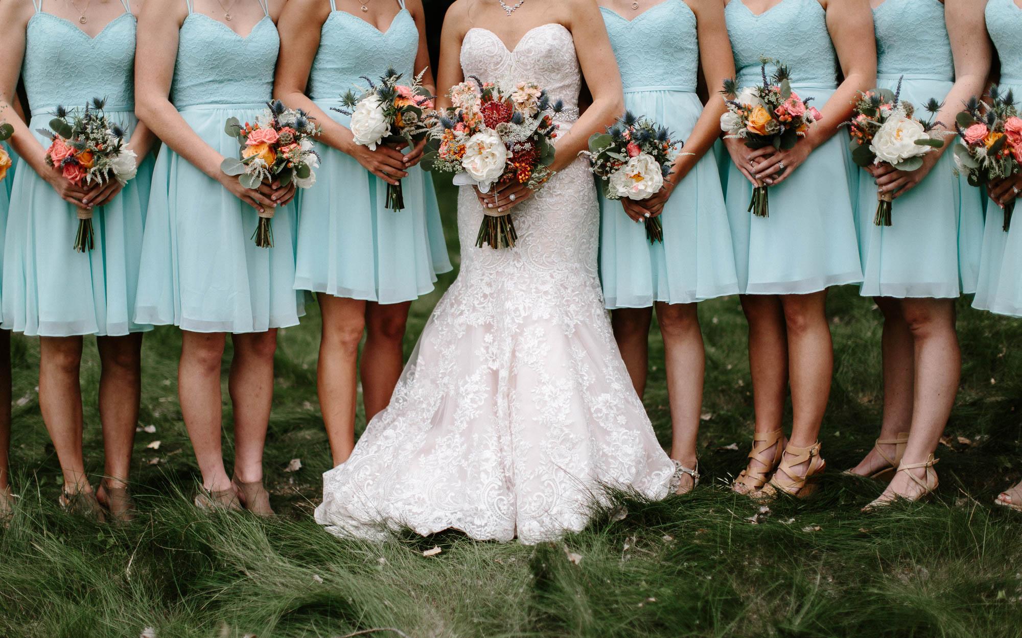 meadow-barn-wedding-sioux-falls-south-dakota-romantic-adventerous-michael-liedtke-photography044.jpg