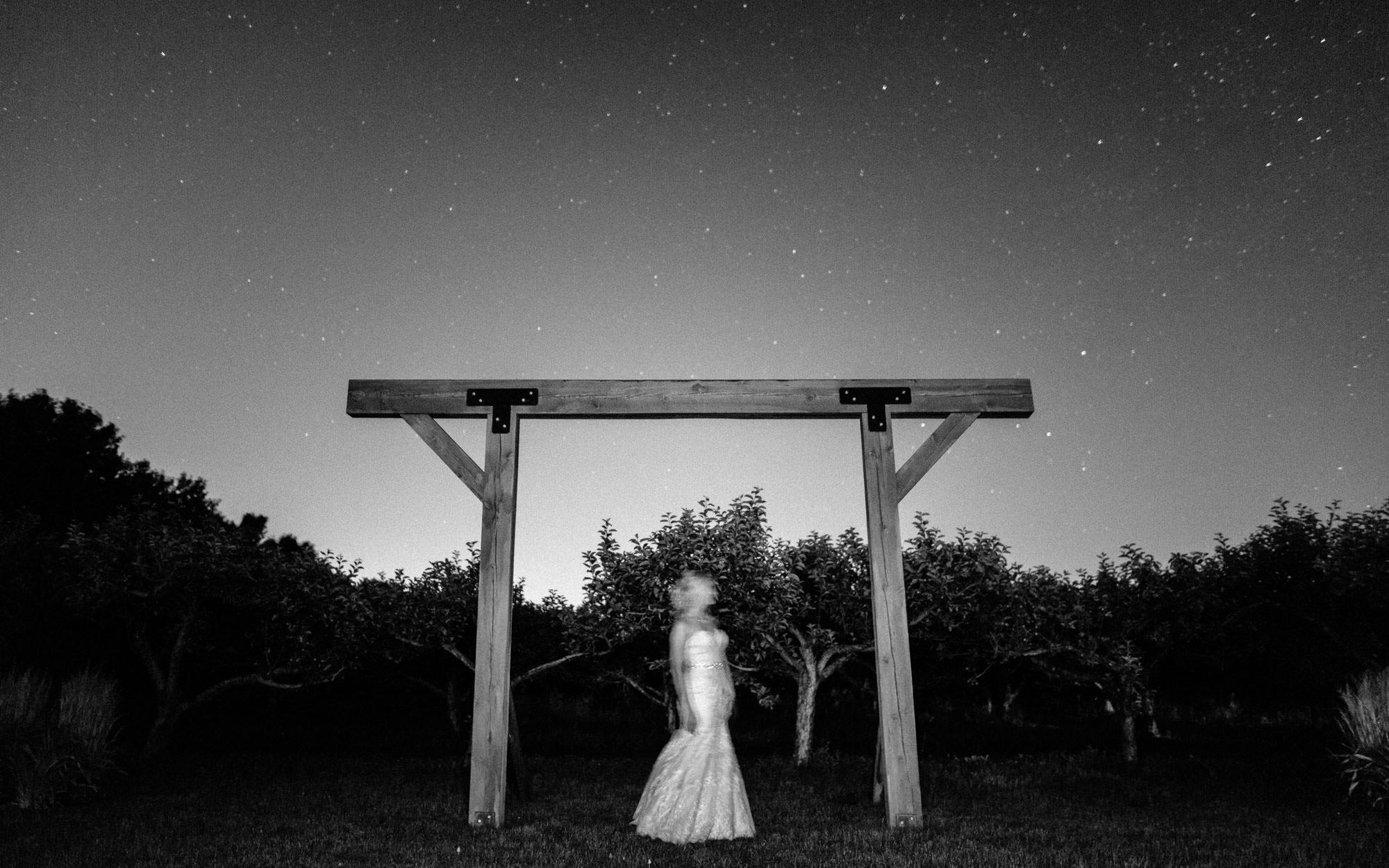 meadow-barn-wedding-sioux-falls-south-dakota-romantic-adventerous-michael-liedtke-photography136.jpg