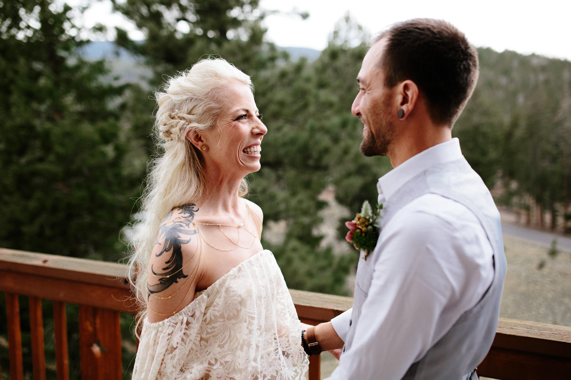 bucci-barn-wedding-elopement-evergreen-boulder-denver-colorado-adventerous-romantic-timeless-039.jpg