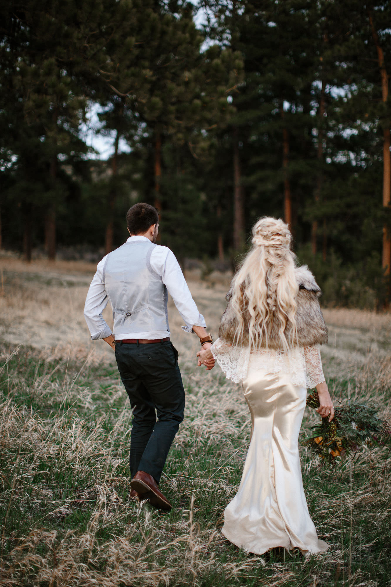 bucci-barn-wedding-elopement-evergreen-boulder-denver-colorado-adventerous-romantic-timeless-084.jpg