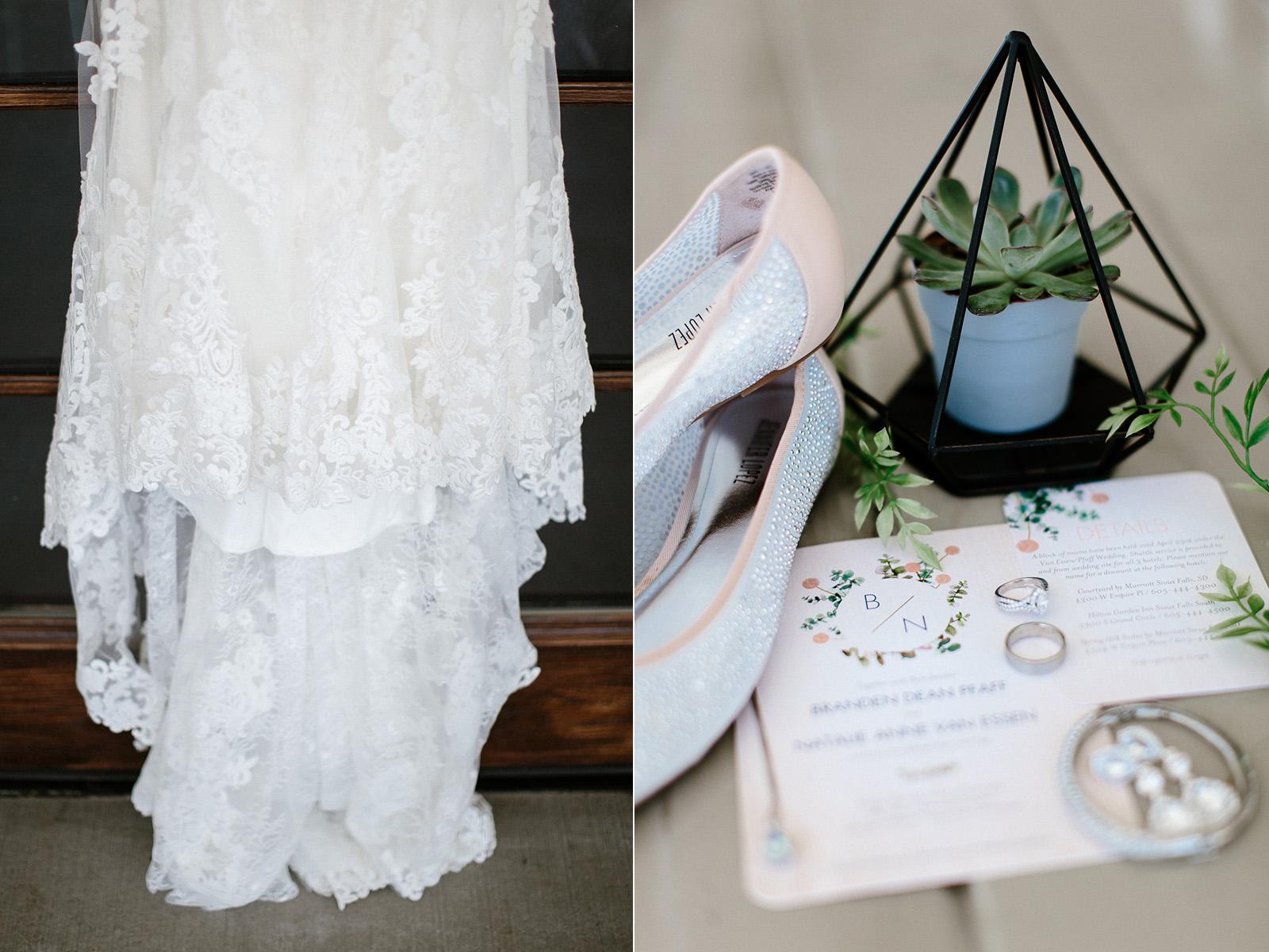 wedding-elopement-adventerous-romantic-timeless-south-dakota-blue-haven-barn-003.jpg