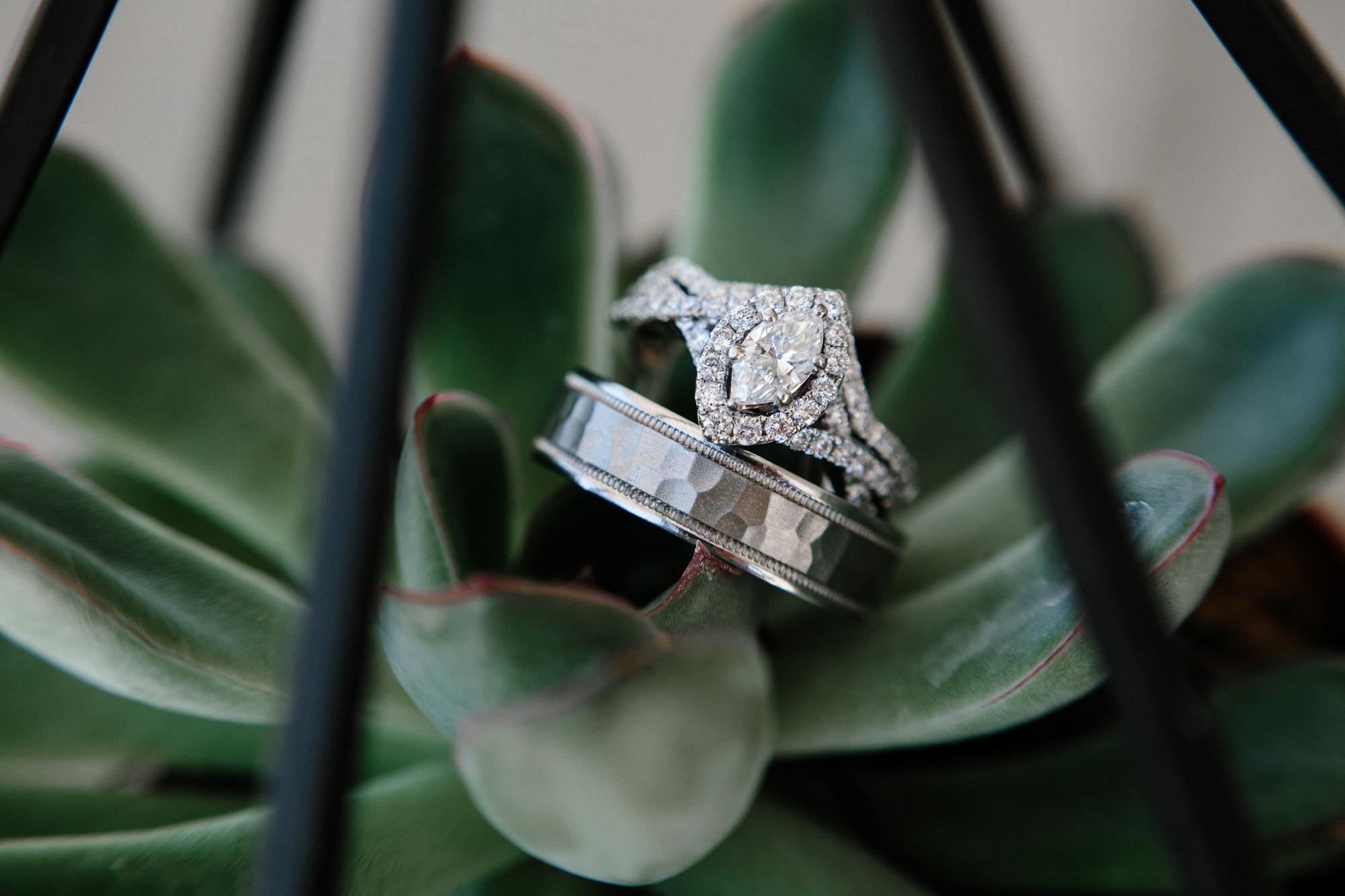 wedding-elopement-adventerous-romantic-timeless-south-dakota-blue-haven-barn-005.jpg