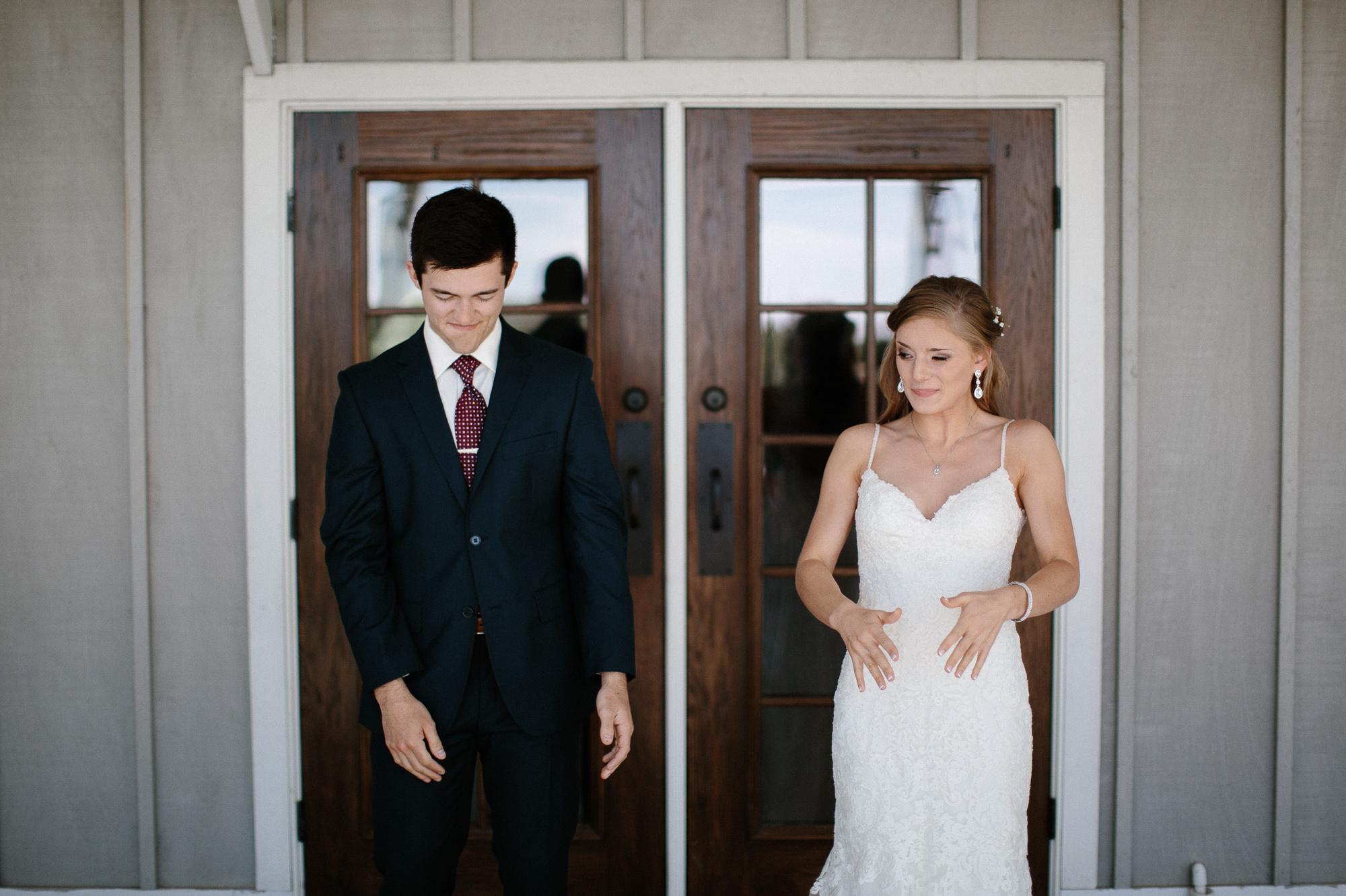 wedding-elopement-adventerous-romantic-timeless-south-dakota-blue-haven-barn-019.jpg