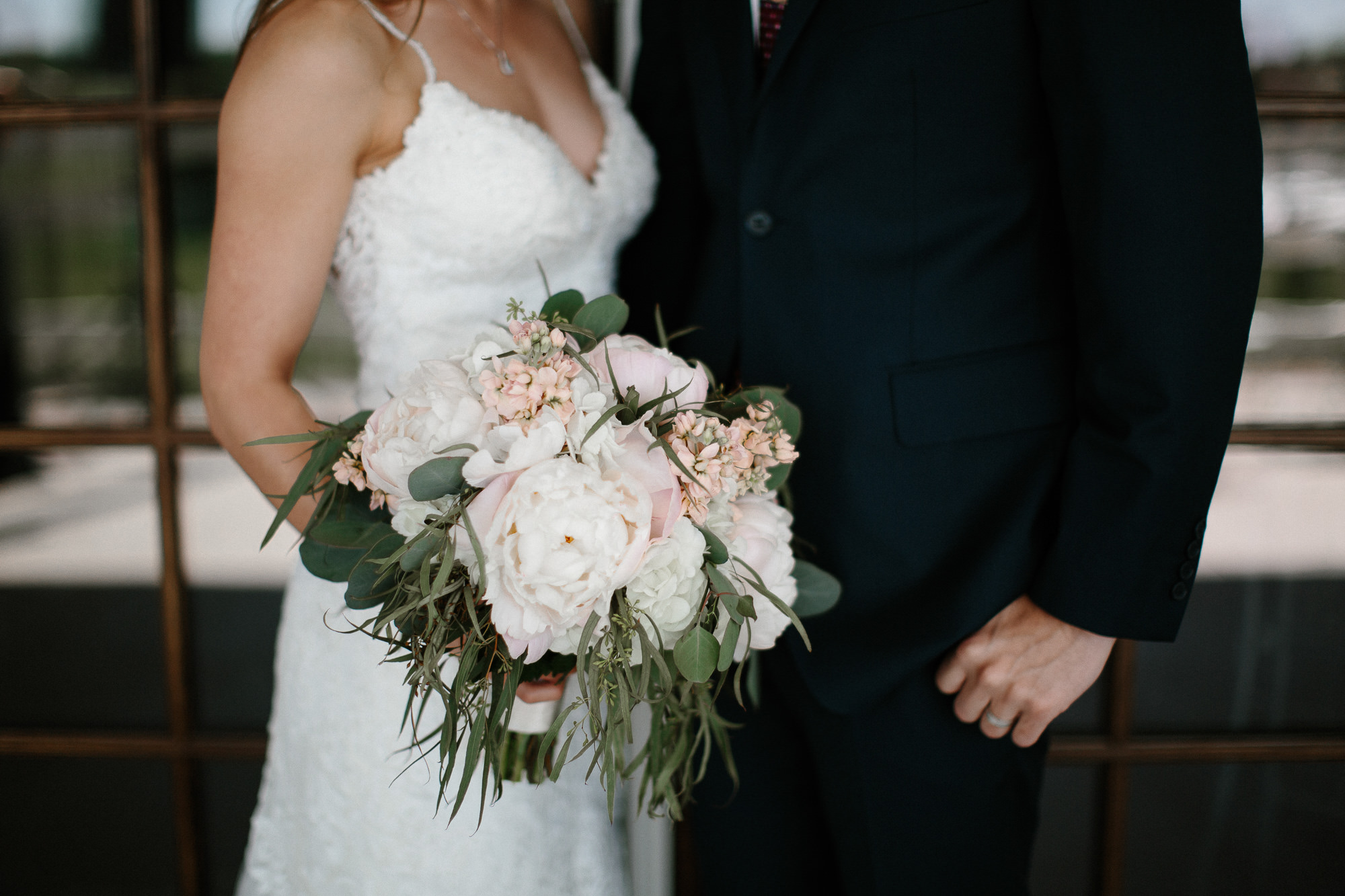 wedding-elopement-adventerous-romantic-timeless-south-dakota-blue-haven-barn-026.jpg