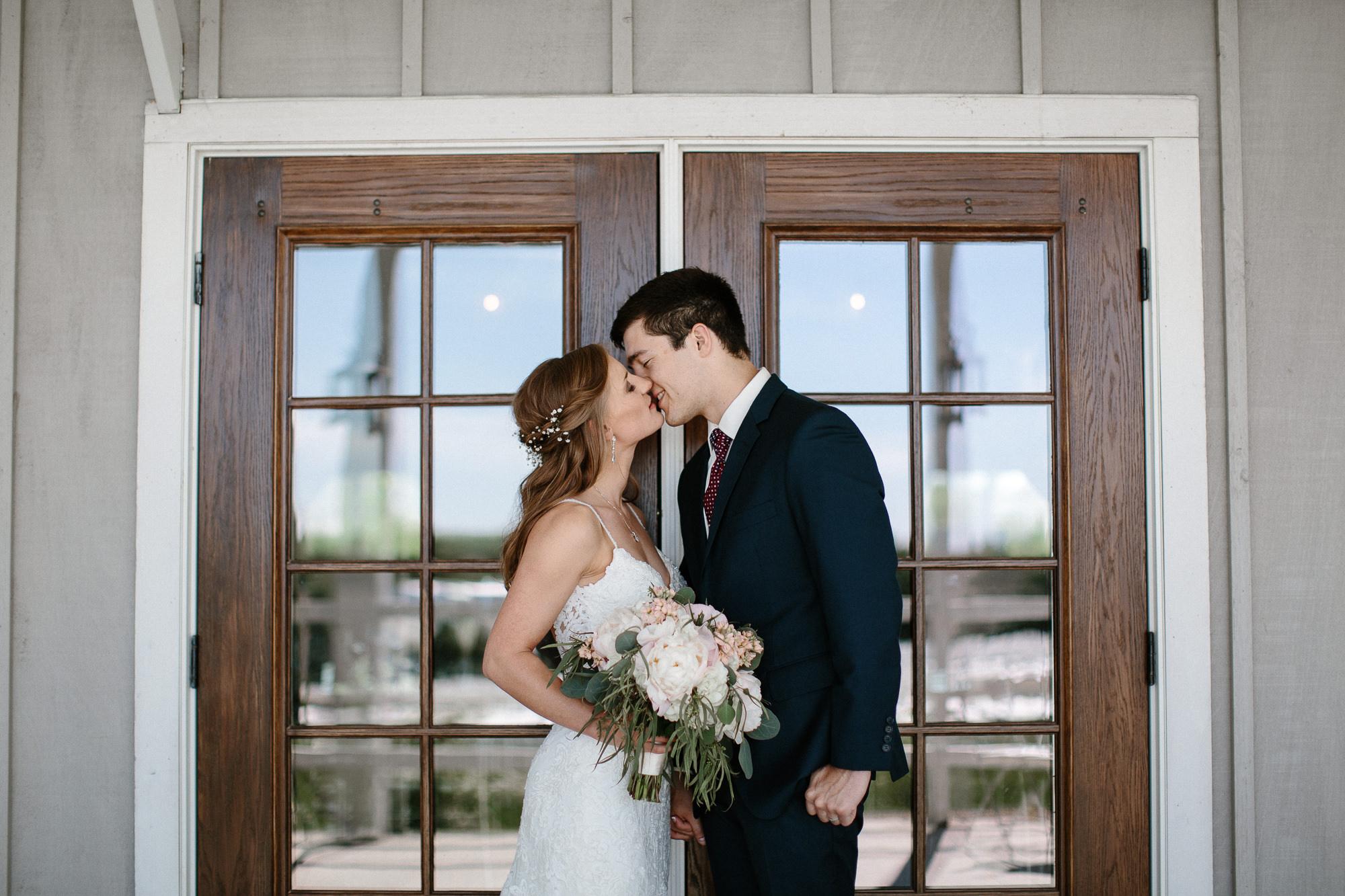wedding-elopement-adventerous-romantic-timeless-south-dakota-blue-haven-barn-027.jpg