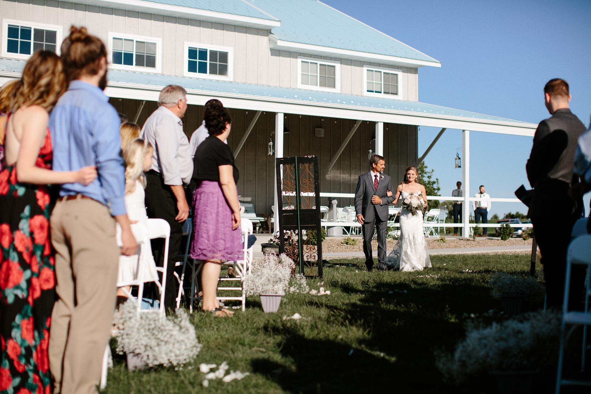 wedding-elopement-adventerous-romantic-timeless-south-dakota-blue-haven-barn-034.jpg
