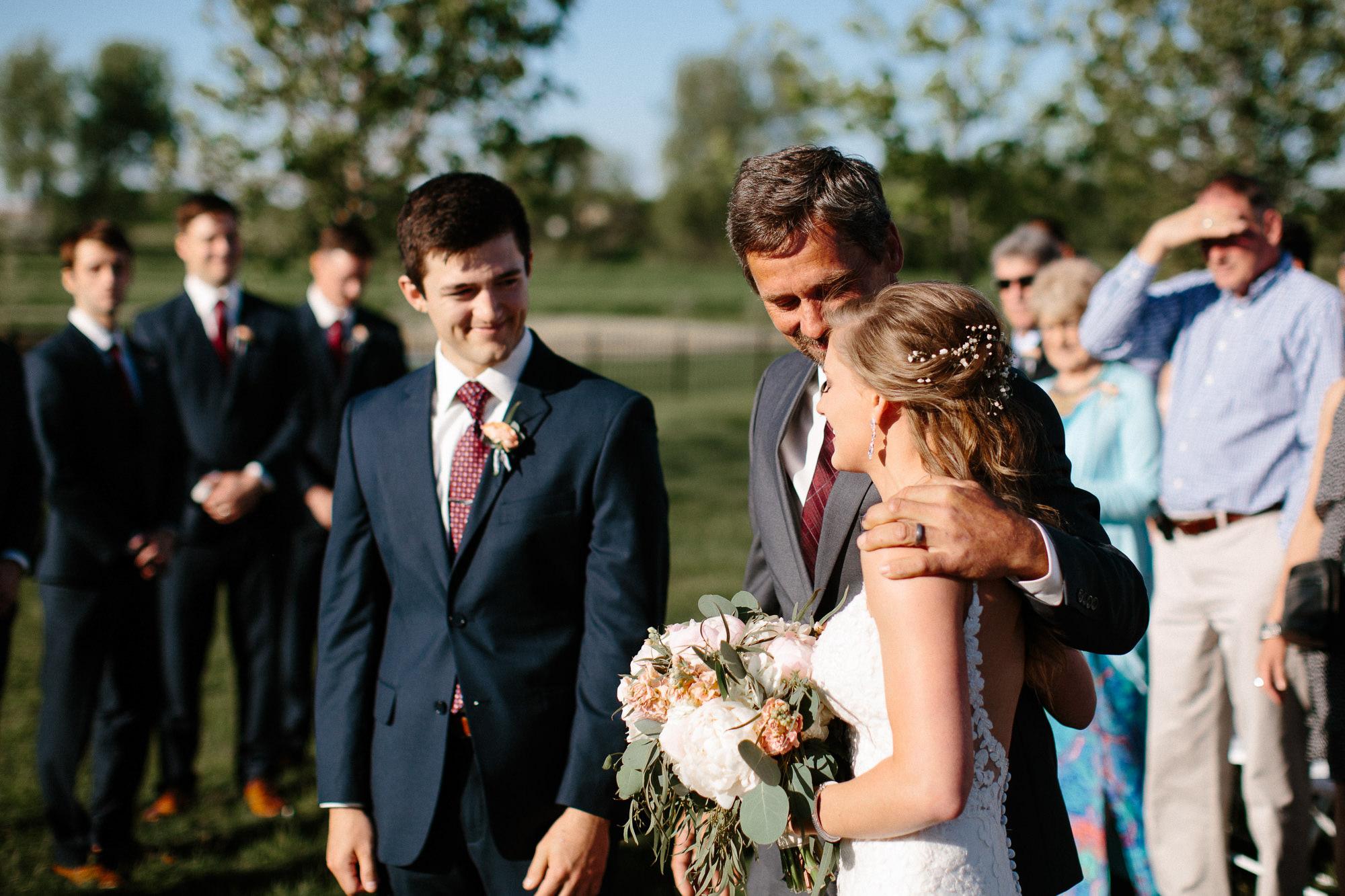 wedding-elopement-adventerous-romantic-timeless-south-dakota-blue-haven-barn-039.jpg