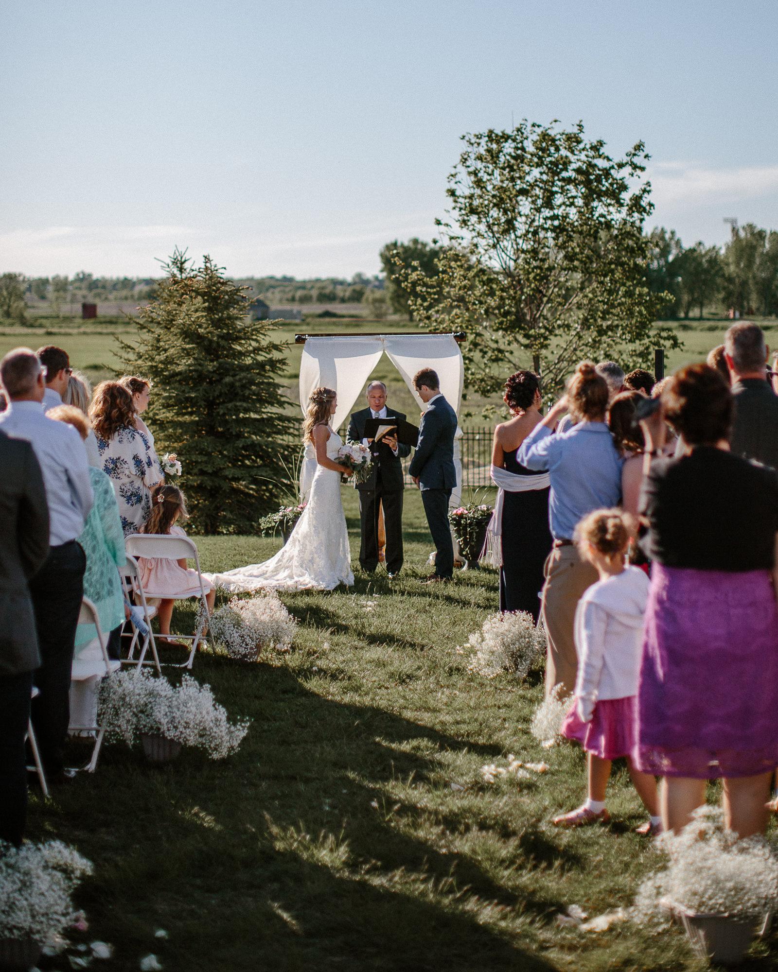 wedding-elopement-adventerous-romantic-timeless-south-dakota-blue-haven-barn-040.jpg