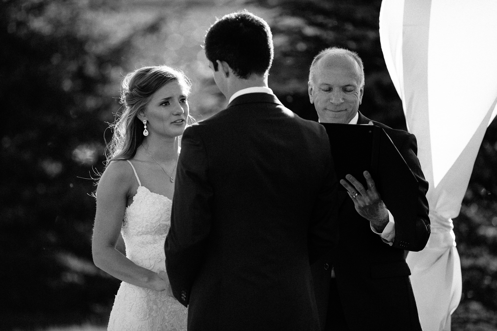 wedding-elopement-adventerous-romantic-timeless-south-dakota-blue-haven-barn-047.jpg