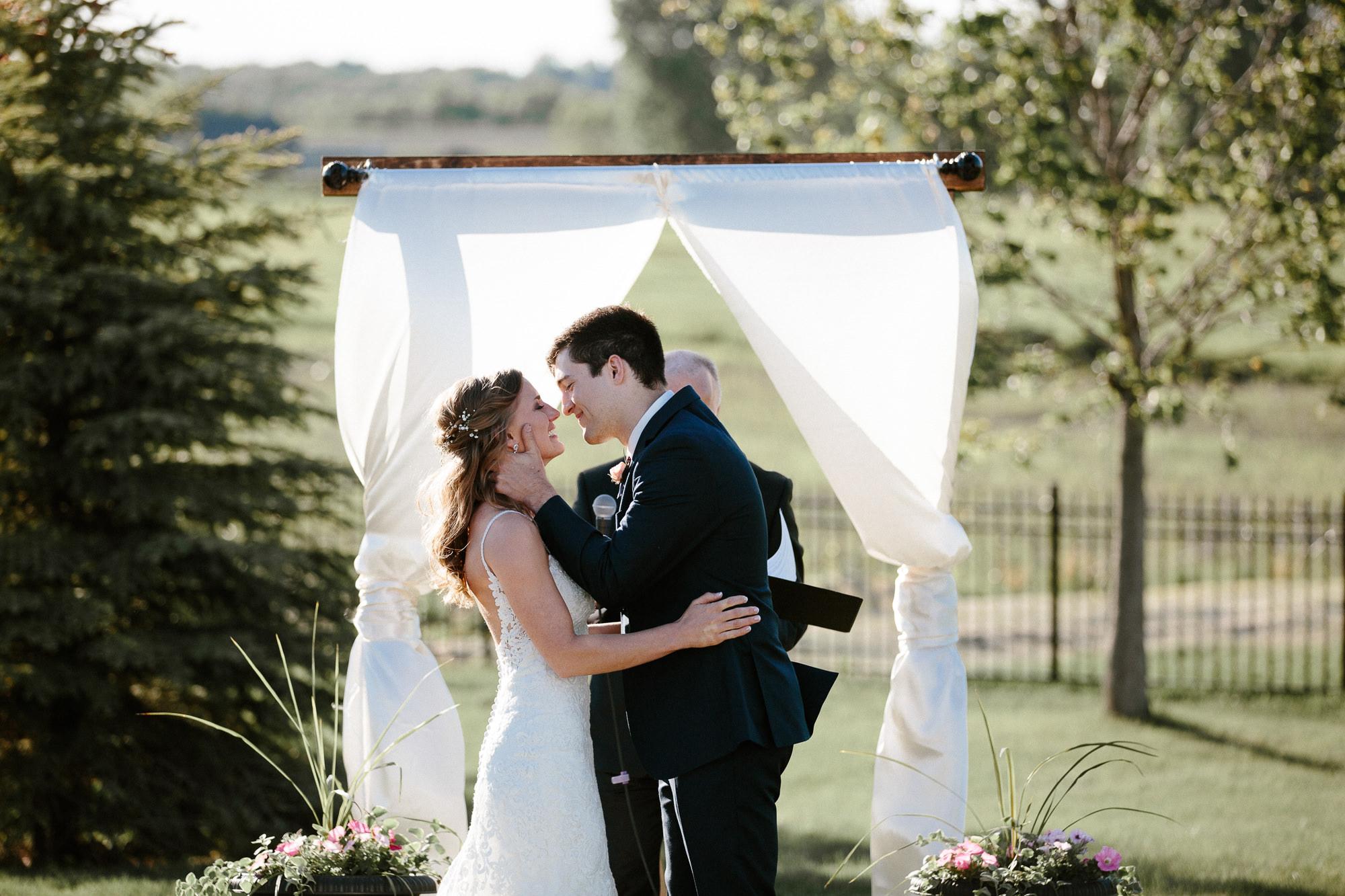 wedding-elopement-adventerous-romantic-timeless-south-dakota-blue-haven-barn-052.jpg