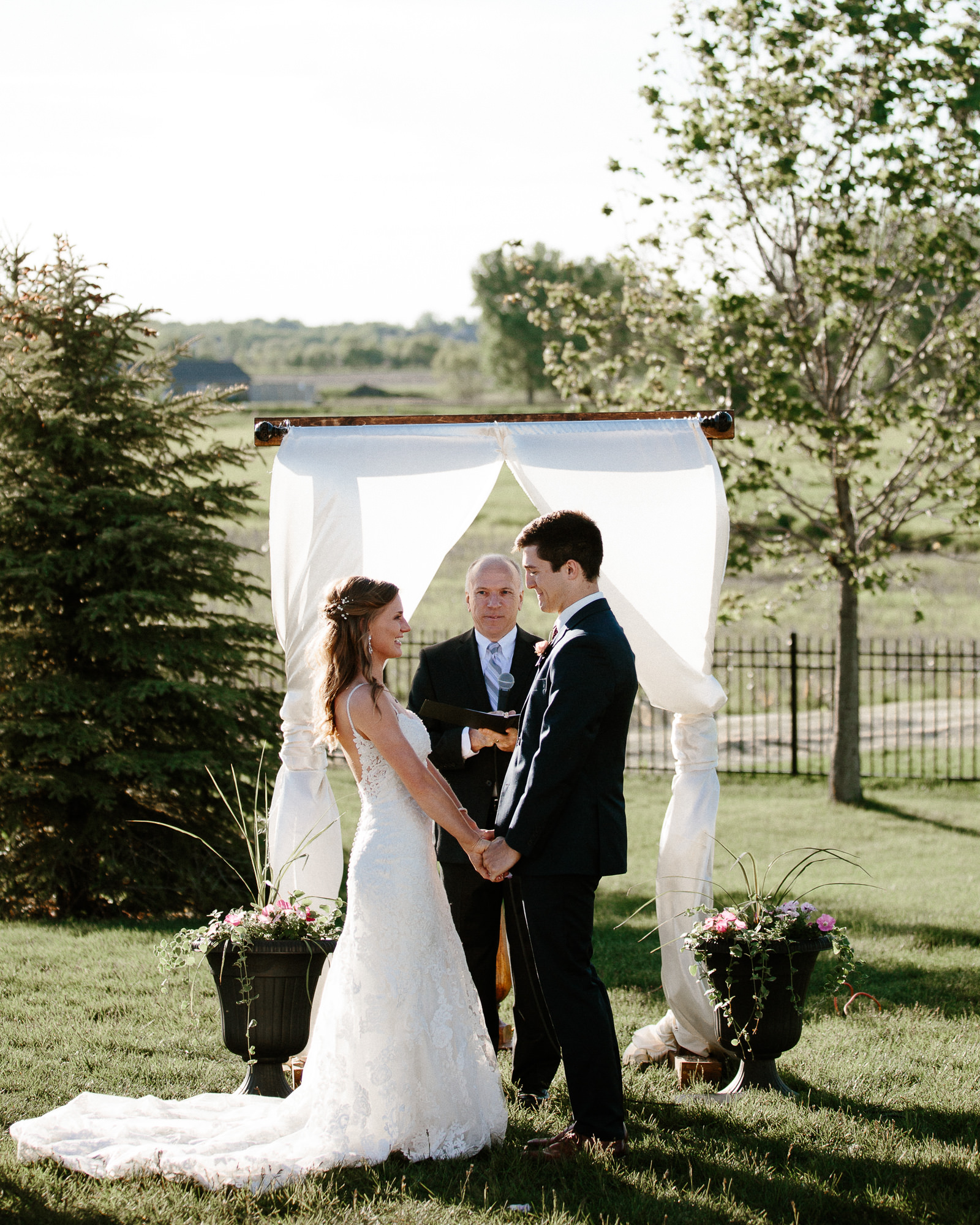 wedding-elopement-adventerous-romantic-timeless-south-dakota-blue-haven-barn-055.jpg