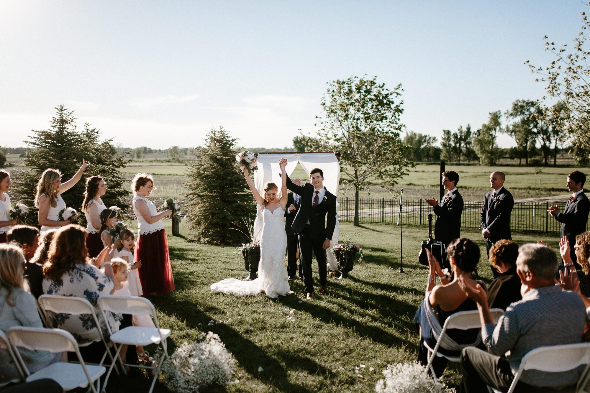 wedding-elopement-adventerous-romantic-timeless-south-dakota-blue-haven-barn-056.jpg