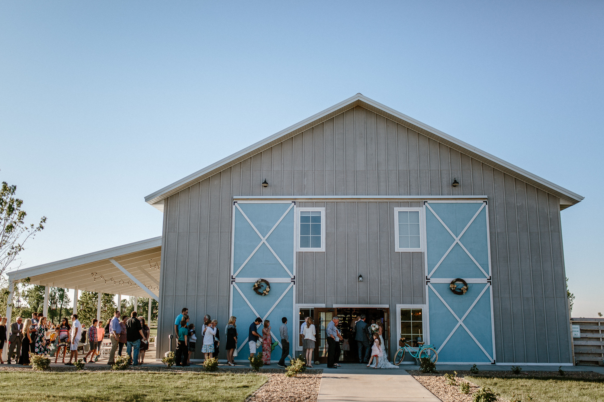 wedding-elopement-adventerous-romantic-timeless-south-dakota-blue-haven-barn-060.jpg