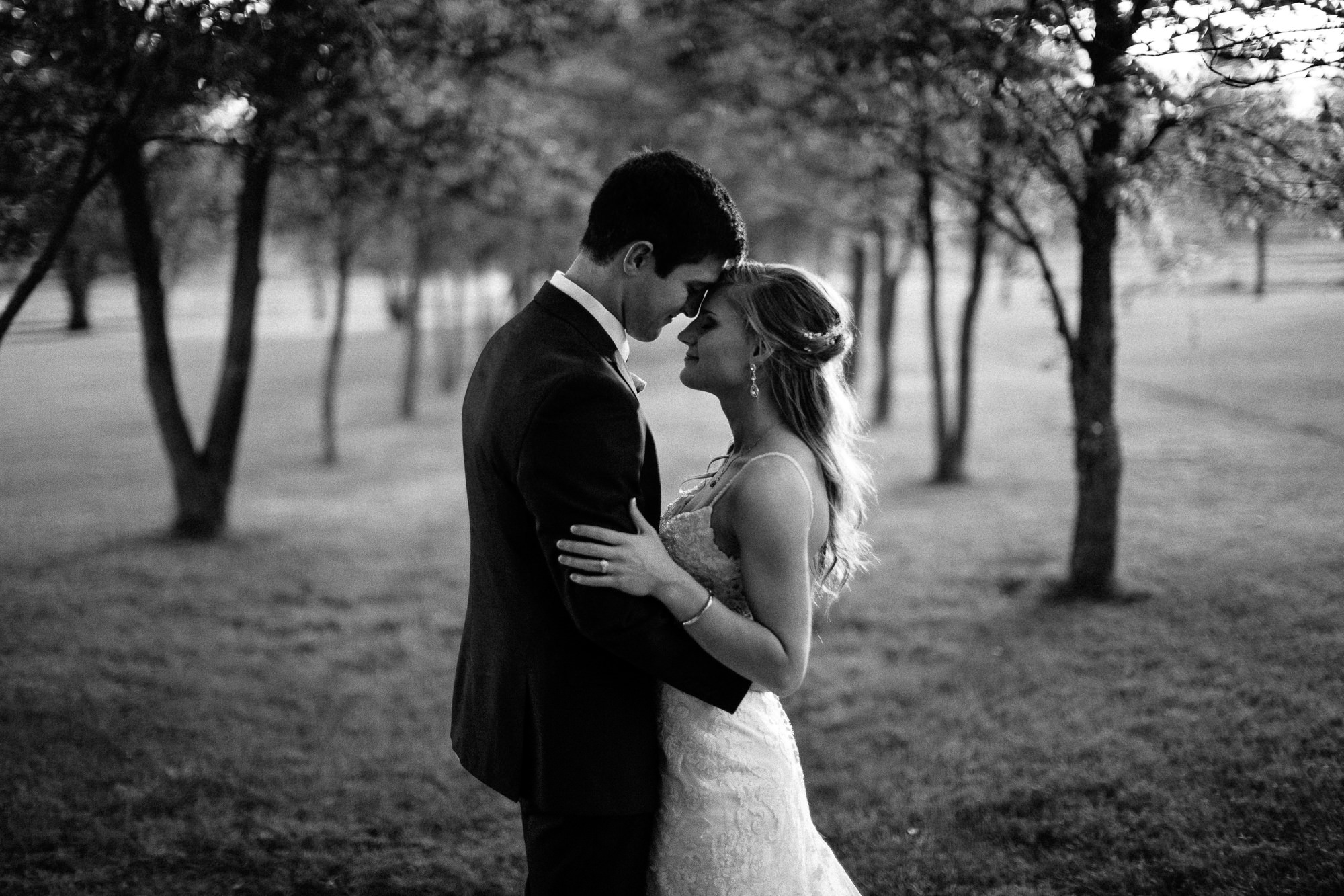 wedding-elopement-adventerous-romantic-timeless-south-dakota-blue-haven-barn-078.jpg