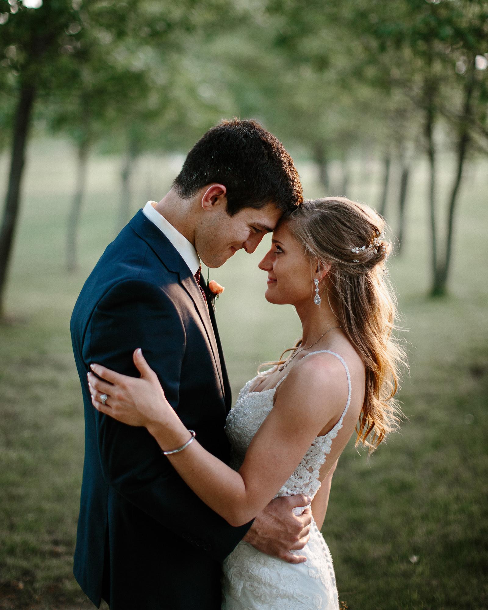 wedding-elopement-adventerous-romantic-timeless-south-dakota-blue-haven-barn-079.jpg