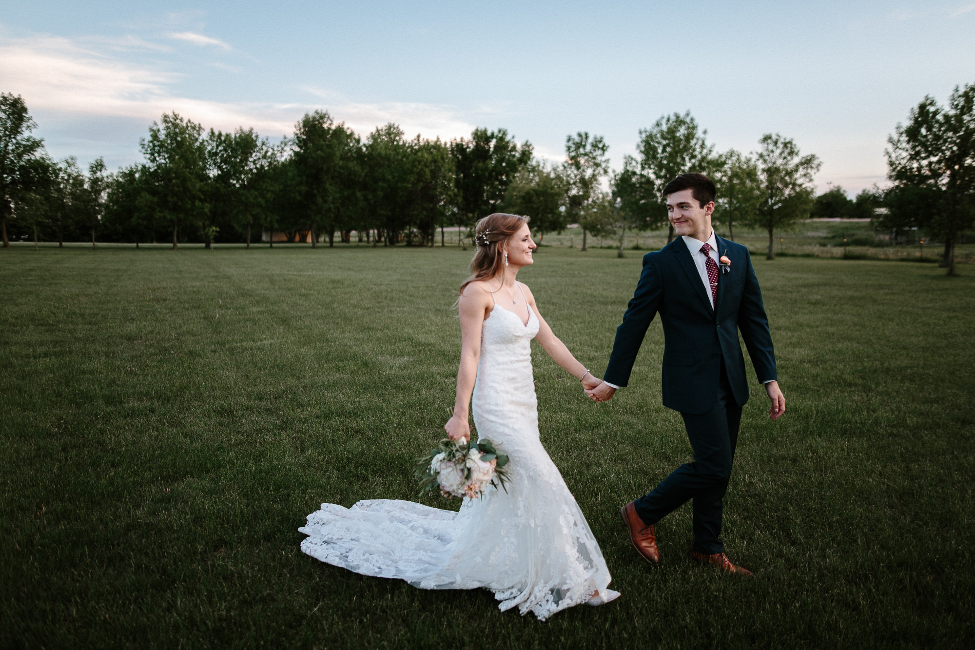 wedding-elopement-adventerous-romantic-timeless-south-dakota-blue-haven-barn-092.jpg