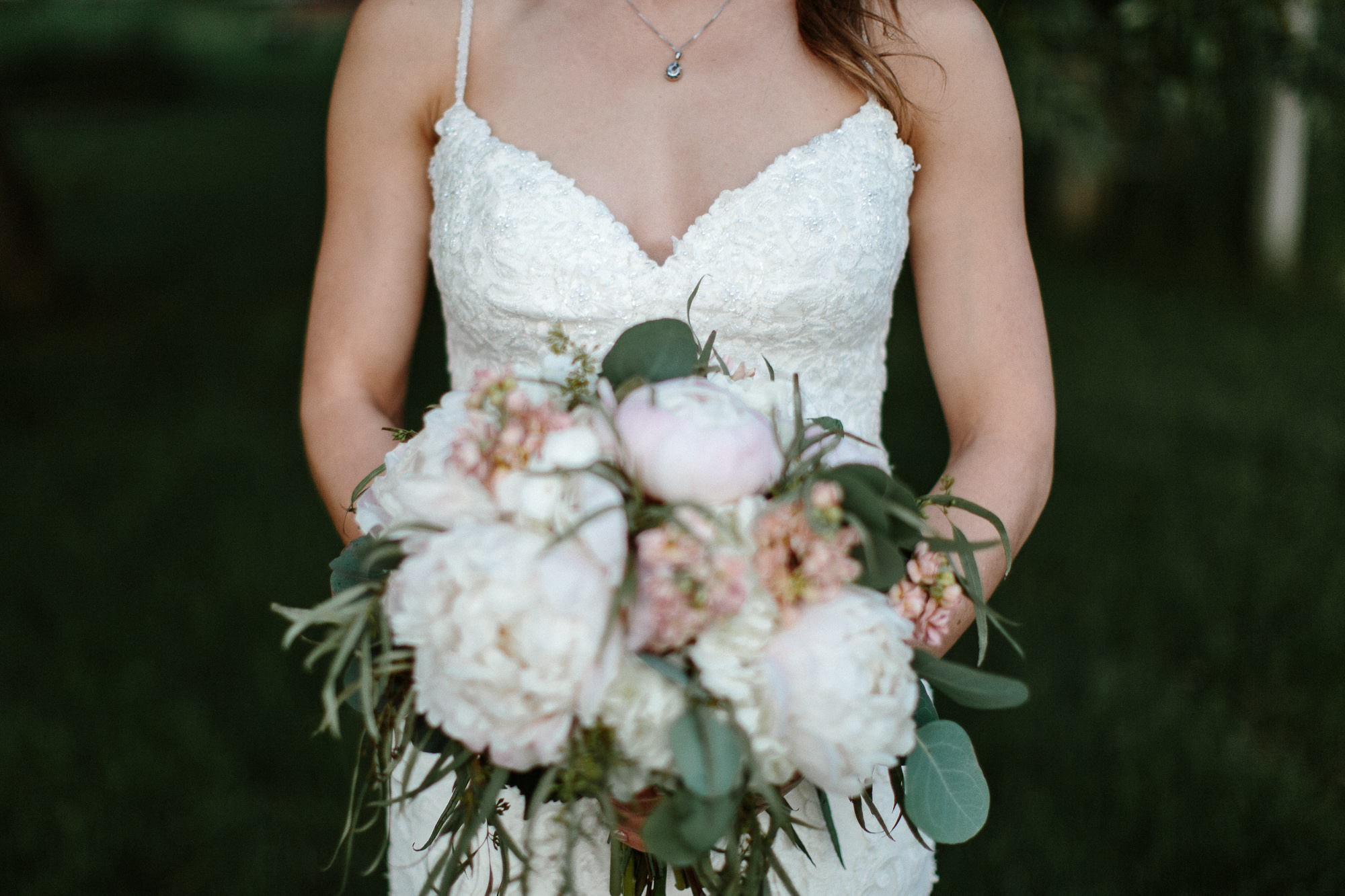 wedding-elopement-adventerous-romantic-timeless-south-dakota-blue-haven-barn-095.jpg