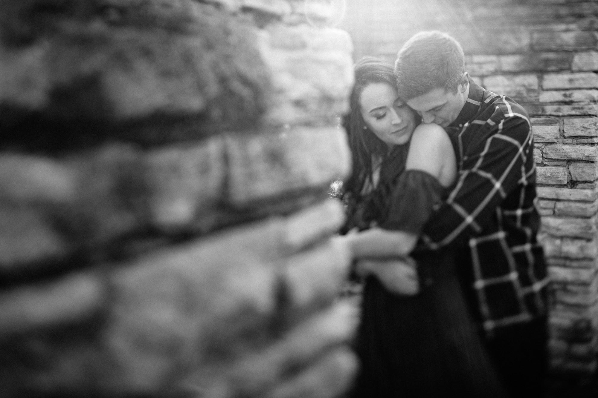 wedding-elopement-adventerous-romantic-timeless-des-moines-siouxfalls-photography-16.jpg