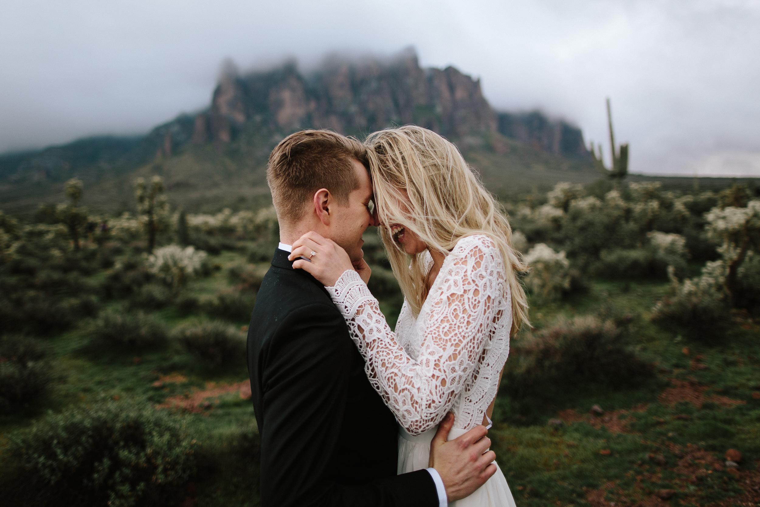 phoenix-mesa-elopement-wedding-photographer-lost-dutchman-state-park-superstitious-mountains-21.jpg