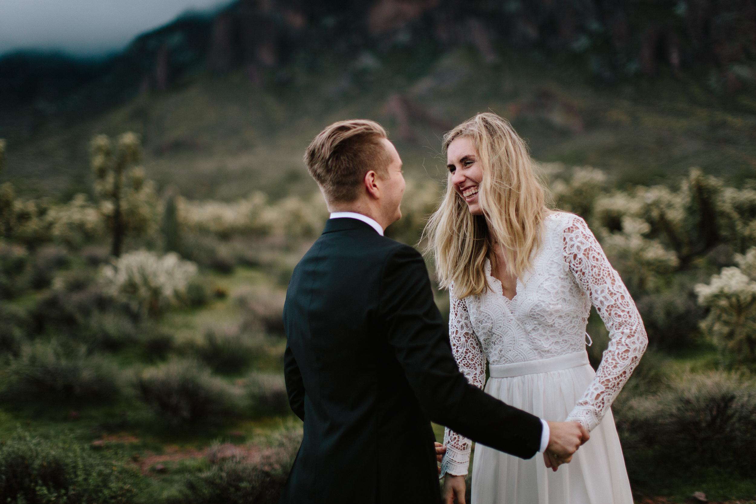 phoenix-mesa-elopement-wedding-photographer-lost-dutchman-state-park-superstitious-mountains-44.jpg