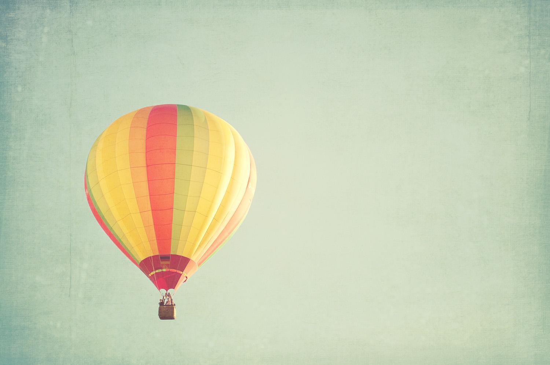 nelougrace_floating_on_air.jpg