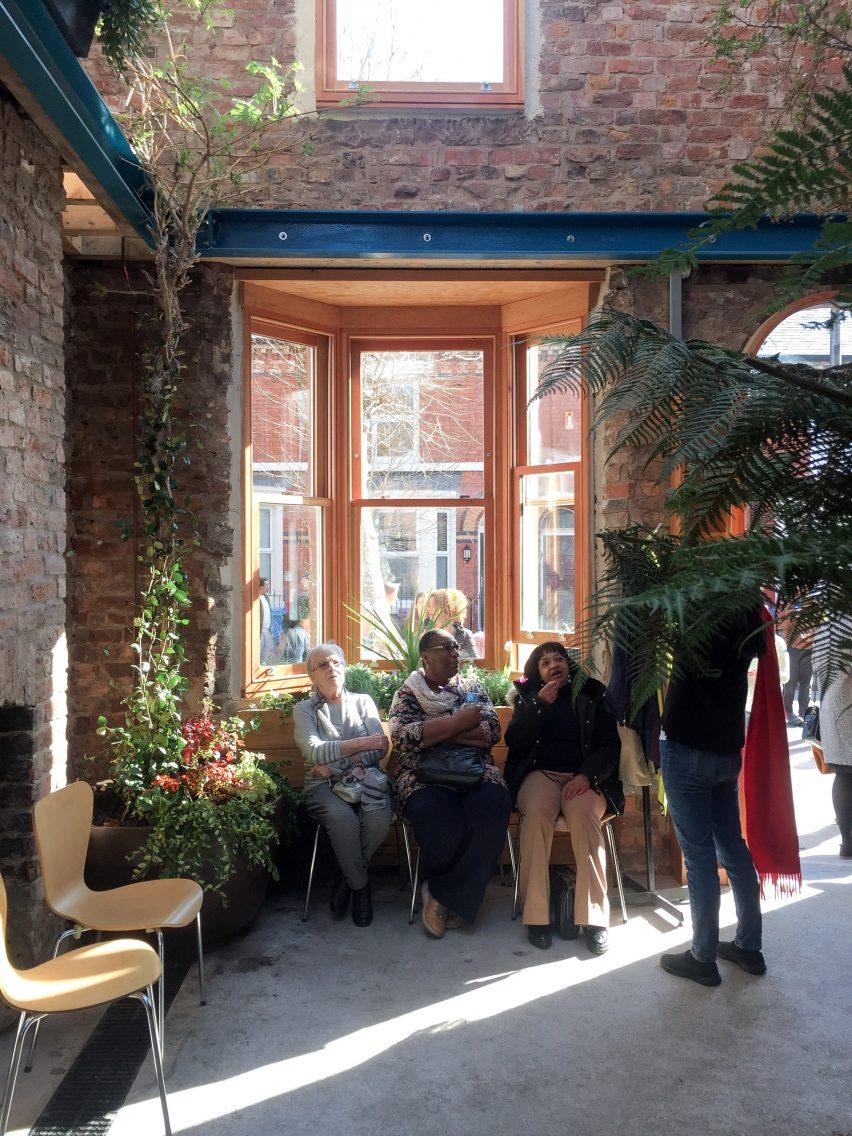 granby-winter-garden-assemble-liverpool-england-architecture-residential-renovation_dezeen_2364_col_6-852x1136.jpg