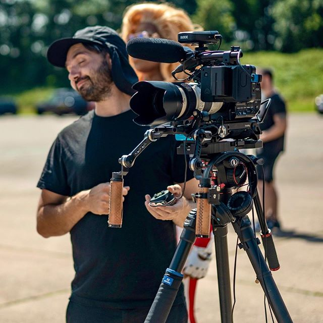 As the winter nights draw in, a throwback to the hottest day of the year, filming drags in Jags with @benjamin_hay and @jondeanvideo for @attitudemag and @jaguaruk - BTS snaps by @markusbidaux and myself 👑  #filmmaking #sonyfs5