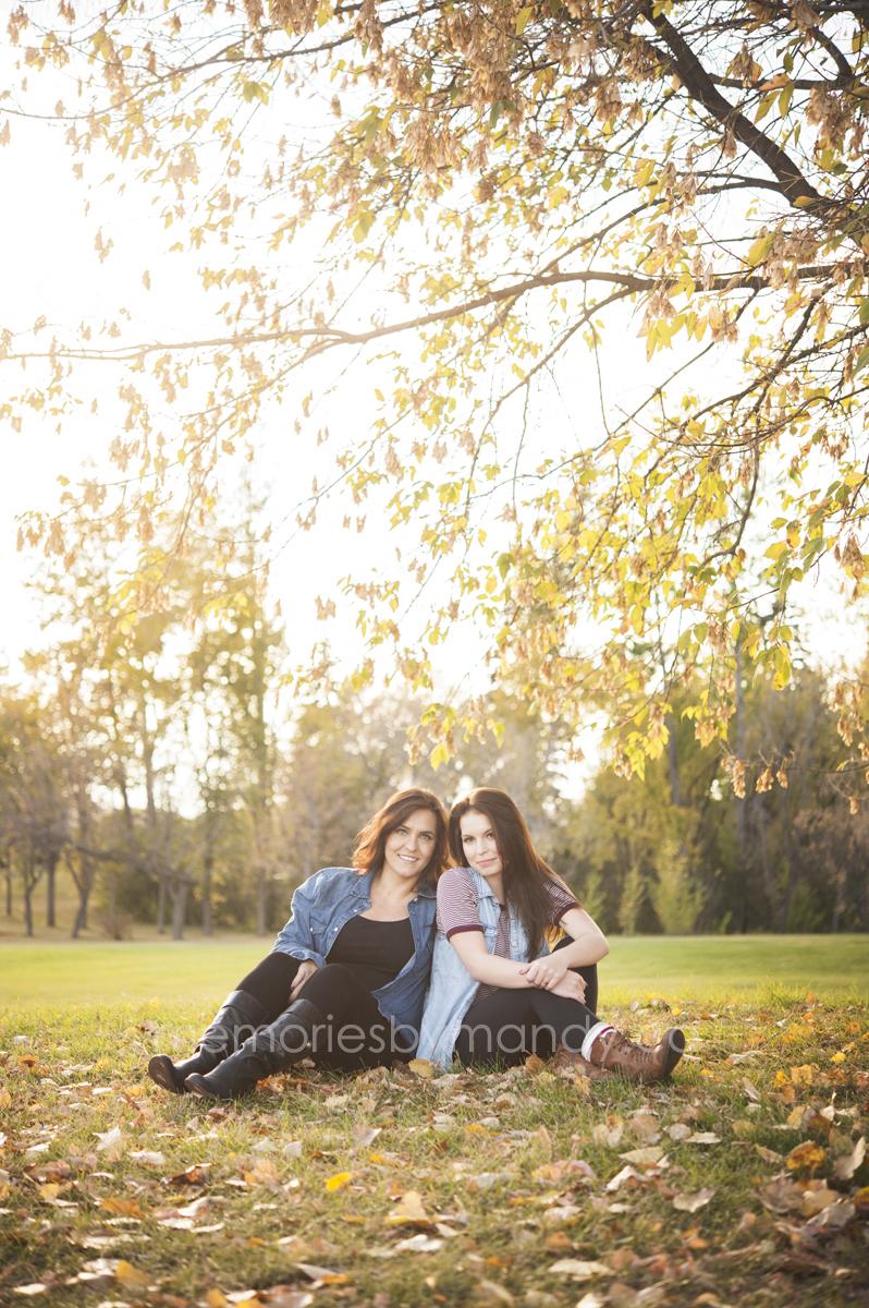 Saskatoon family photographers (10).jpg