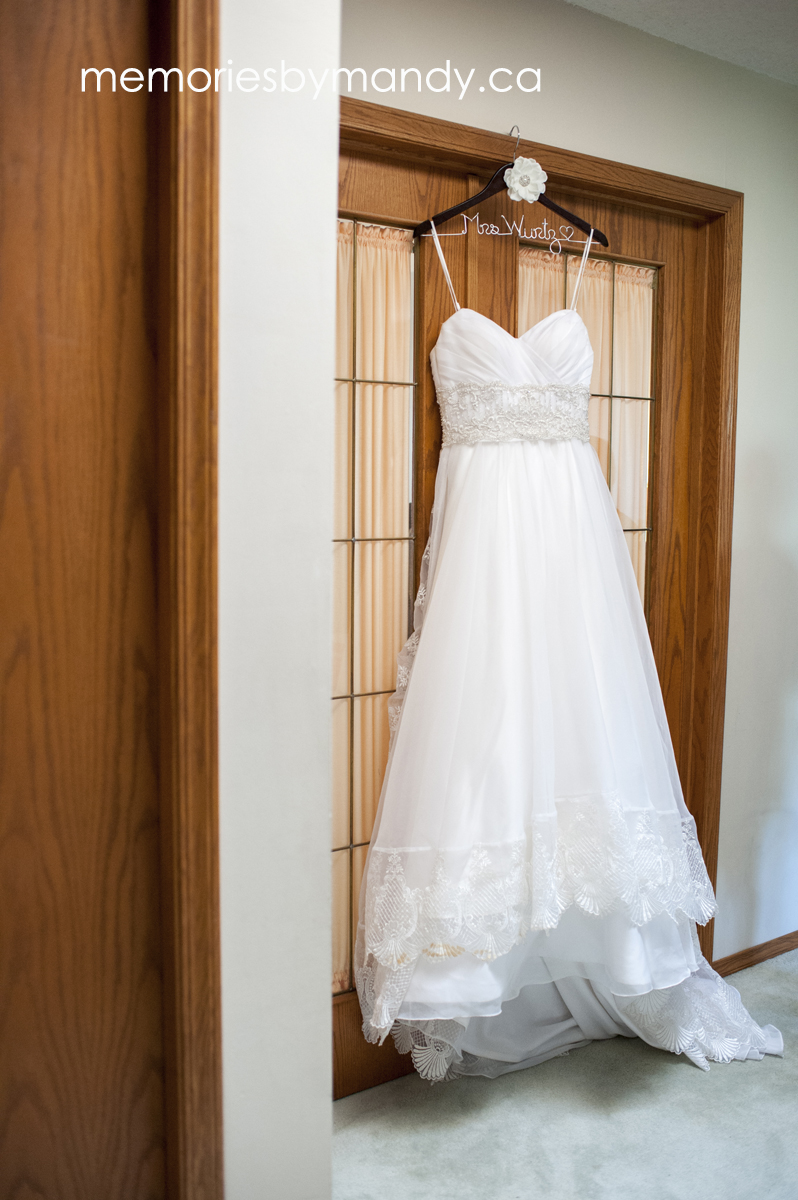 Saskatoon wedding photographer (9).jpg