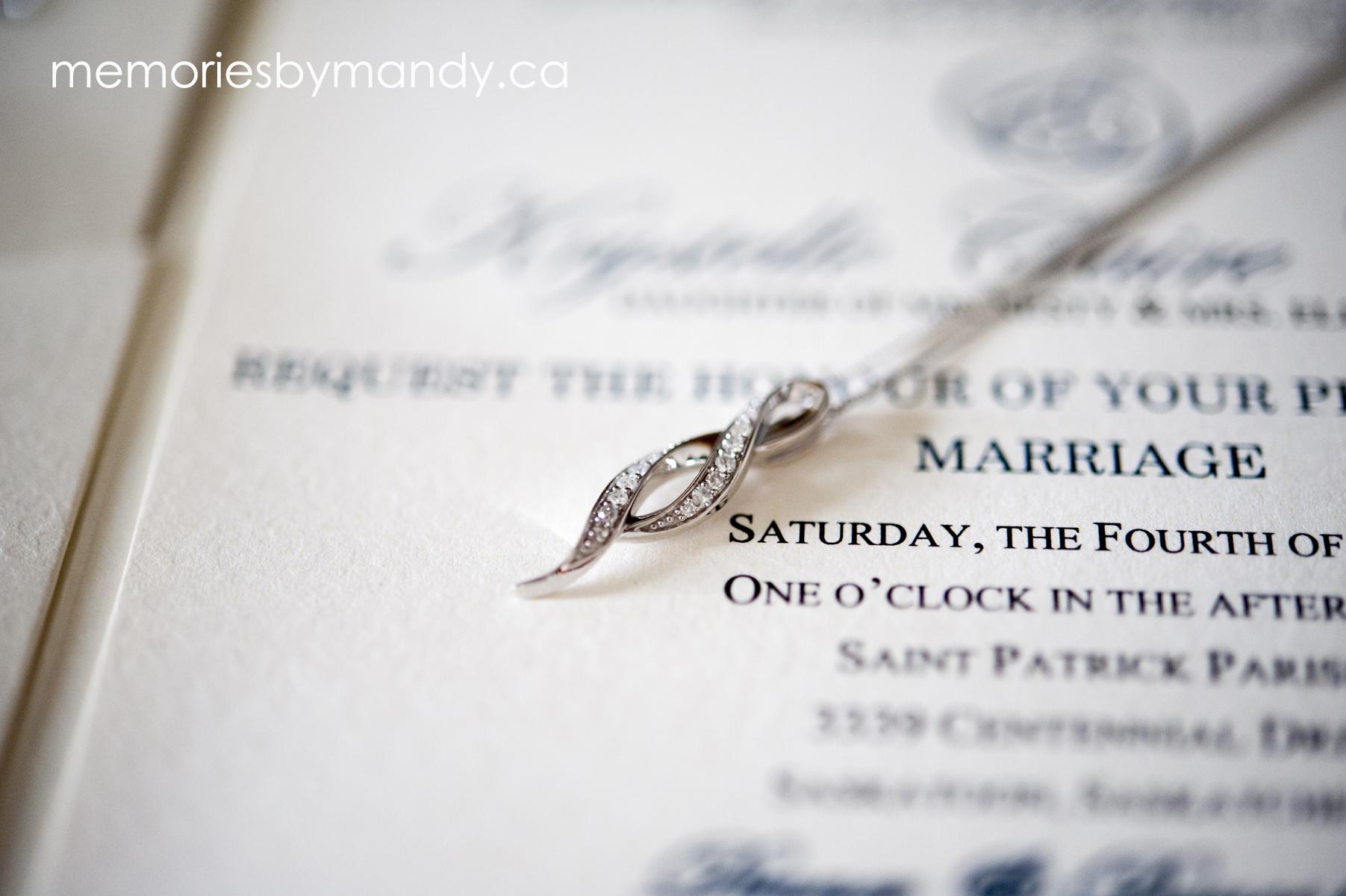 Saskatoon wedding photographer (22).jpg