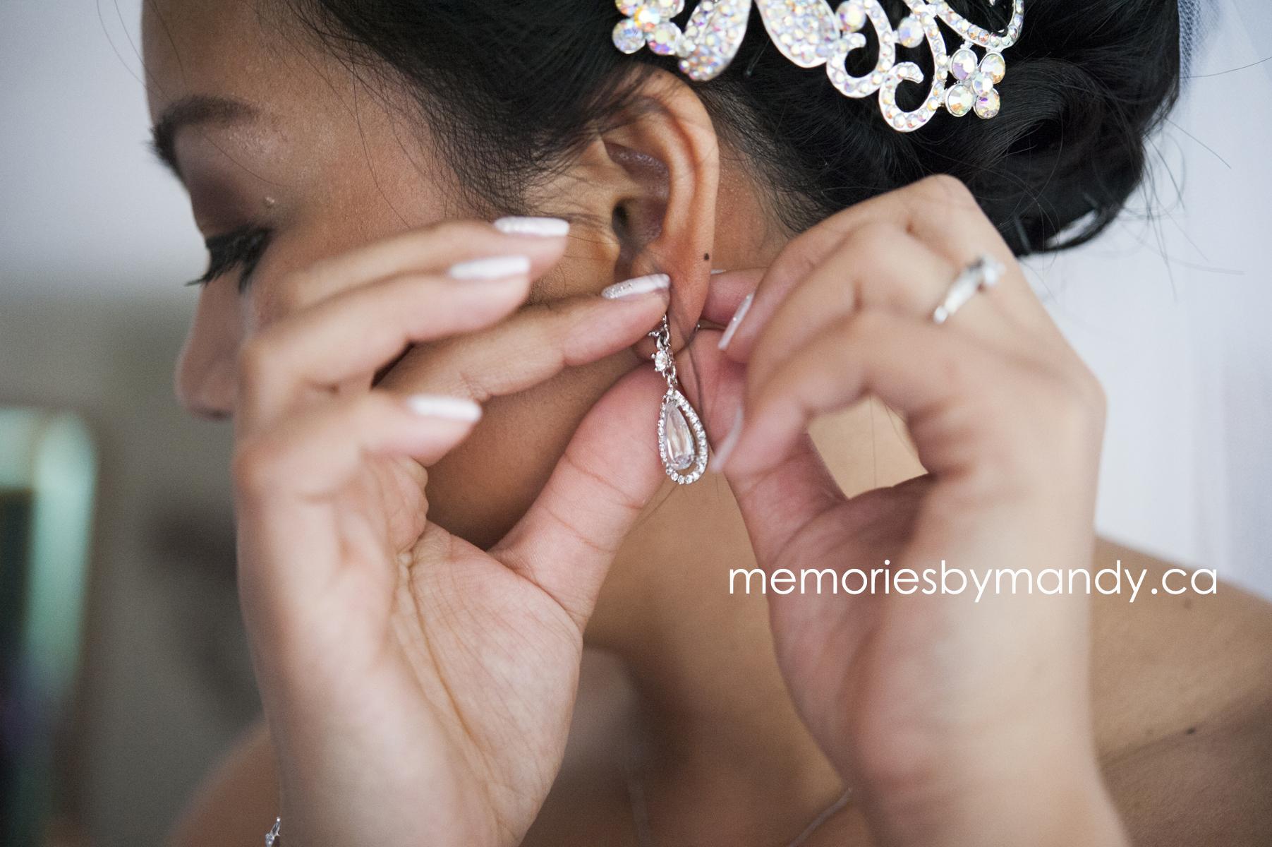 Saskatoon wedding photographer (28).jpg