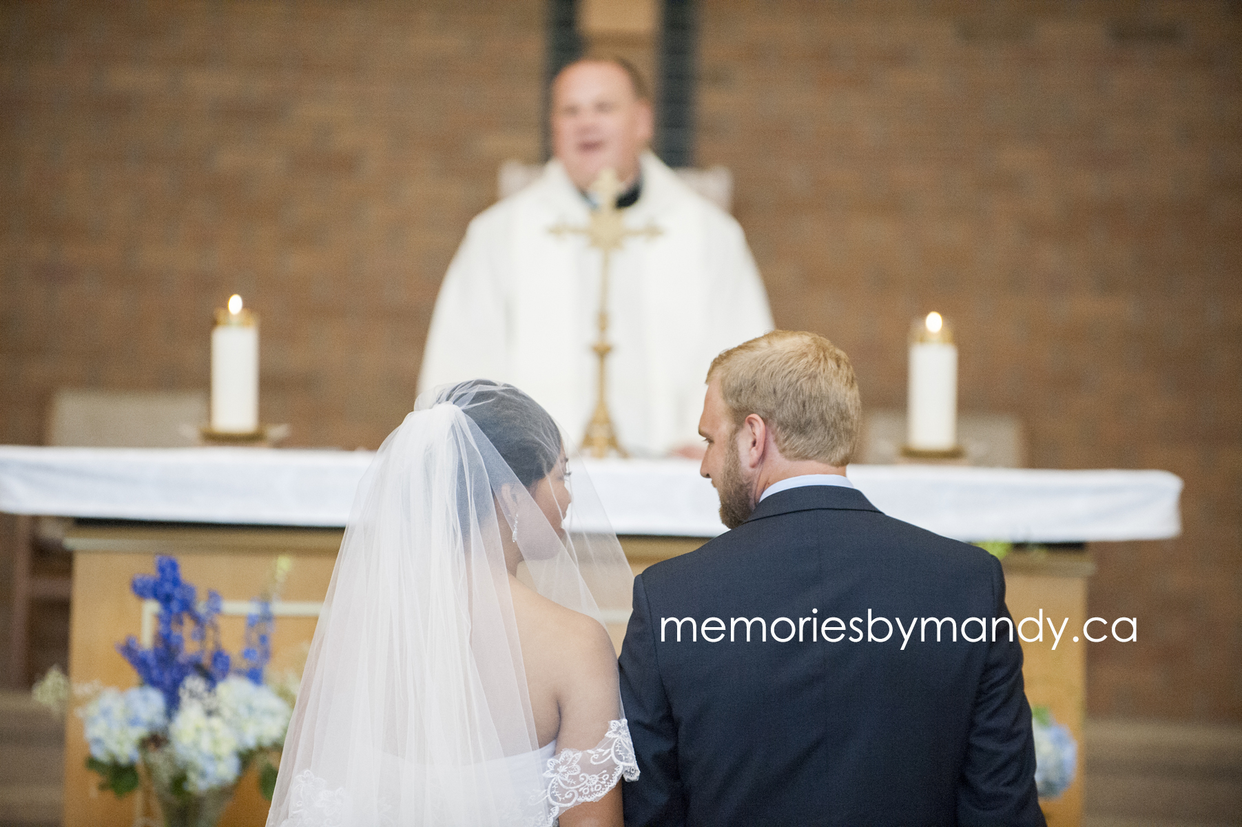 Saskatoon wedding photographer (39).jpg