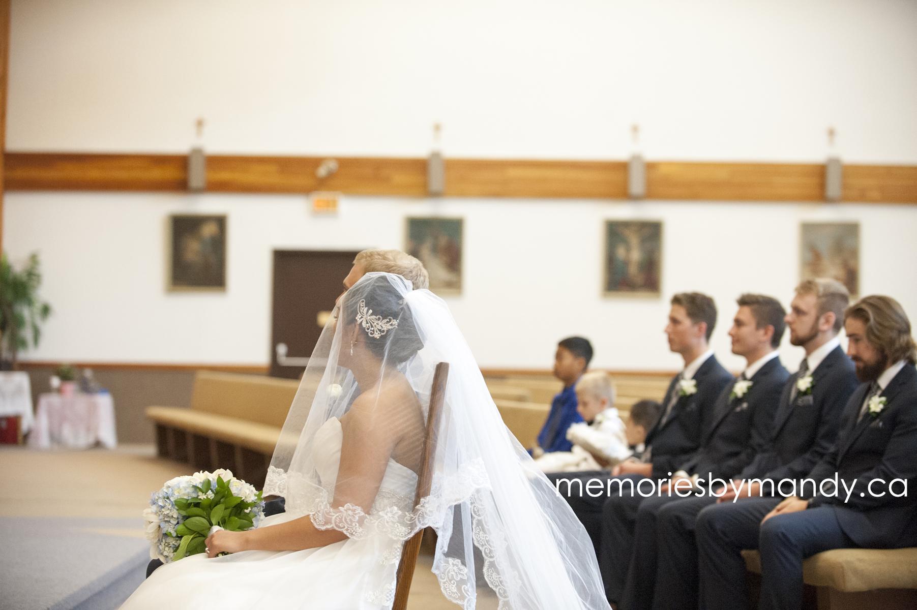 Saskatoon wedding photographer (46).jpg