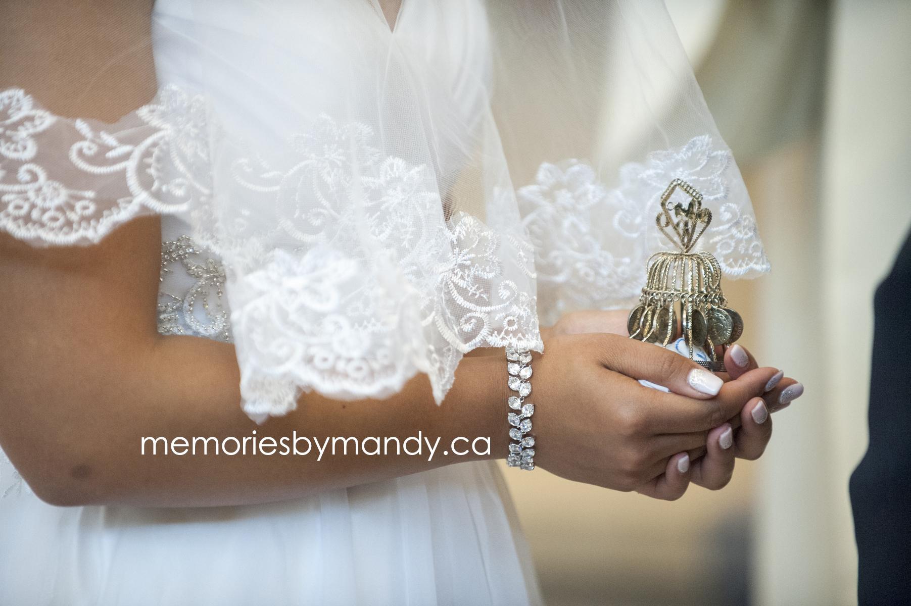 Saskatoon wedding photographer (52).jpg