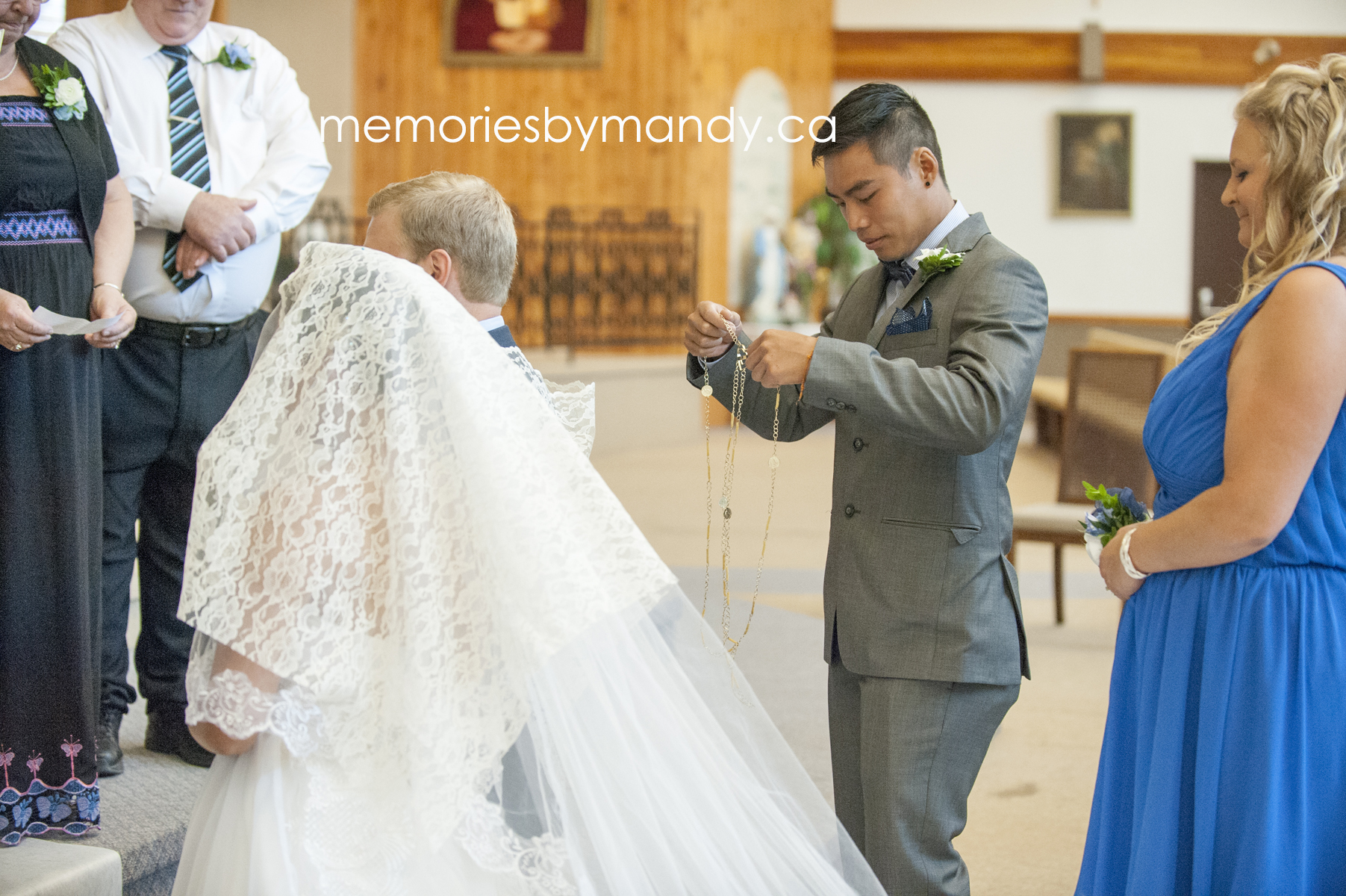 Saskatoon wedding photographer (53).jpg