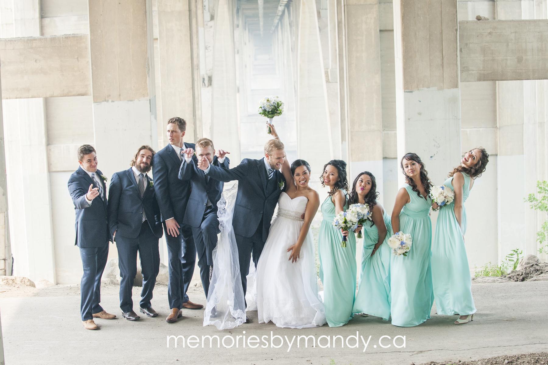 Saskatoon wedding photographer (58).jpg