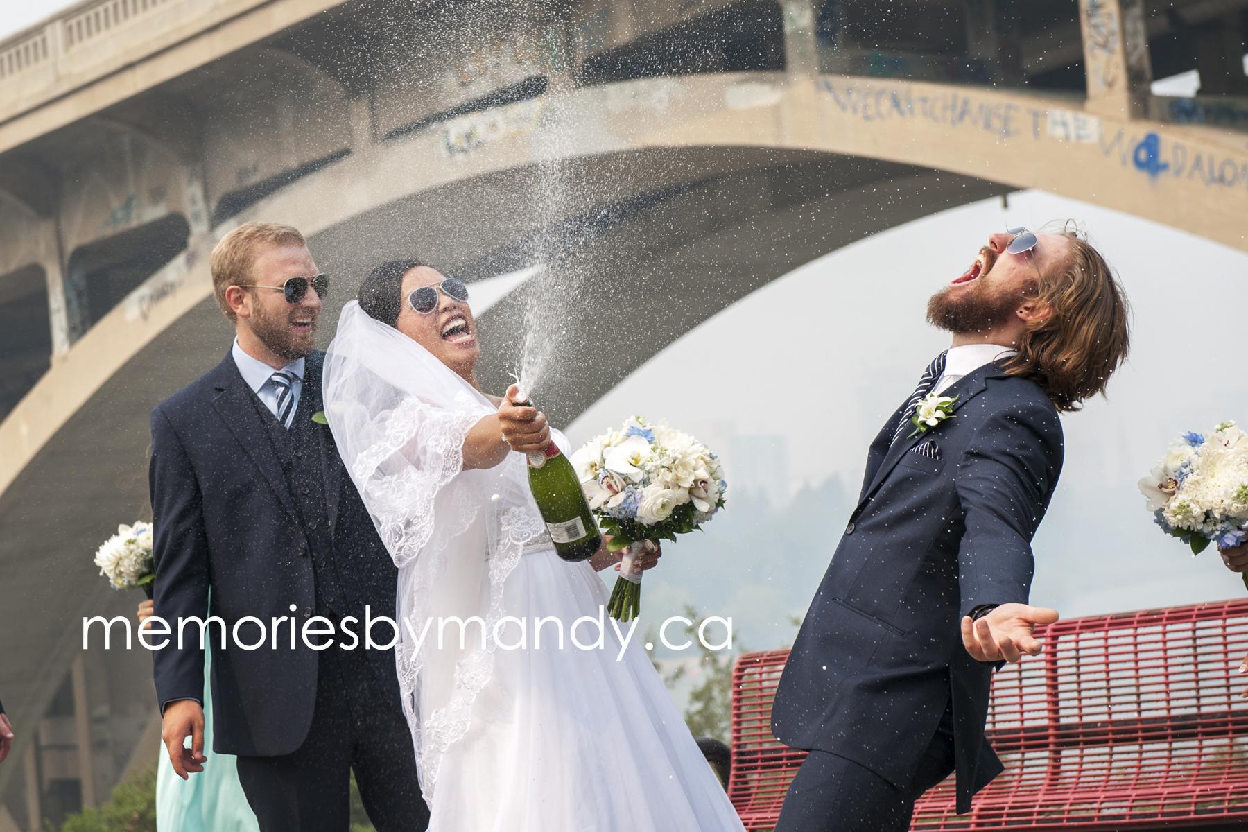 Saskatoon wedding photographer (65).jpg