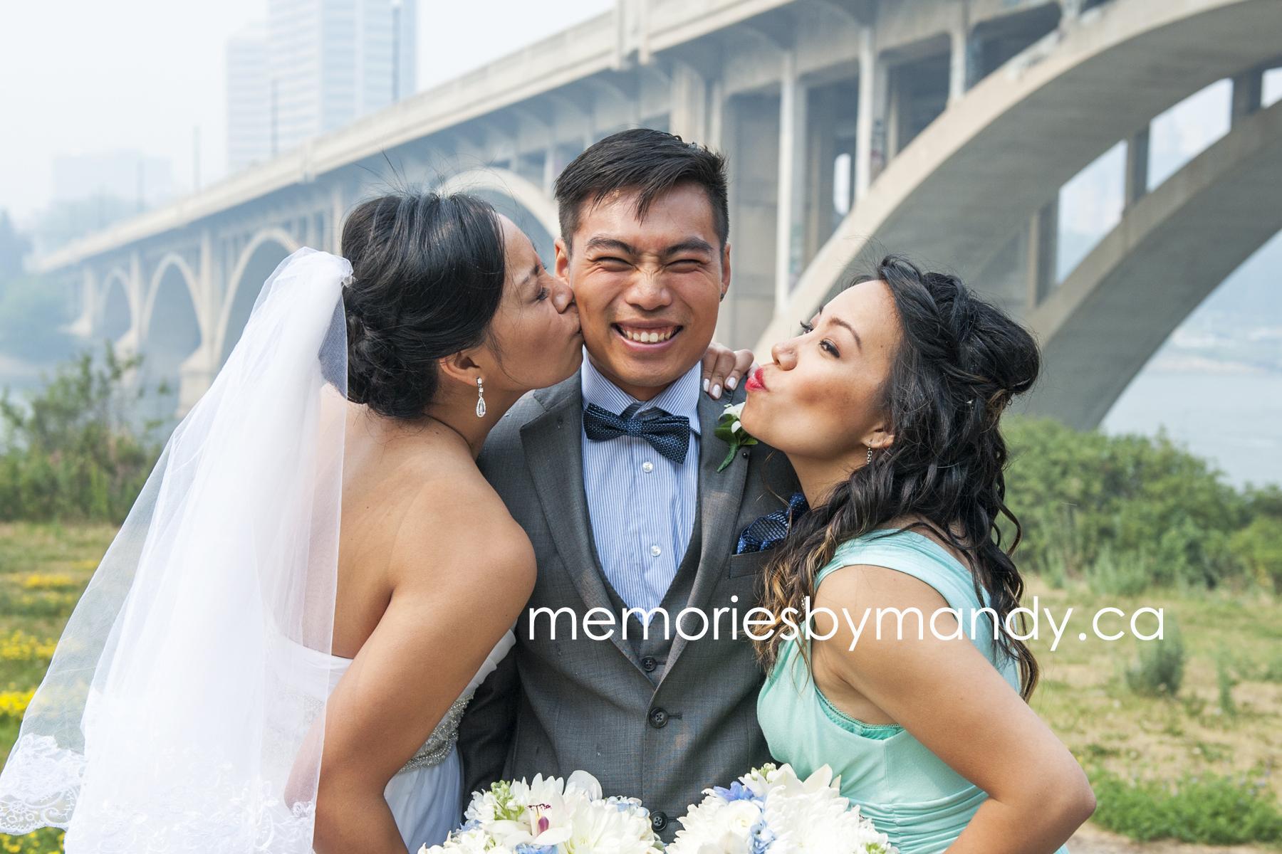 Saskatoon wedding photographer (66).jpg