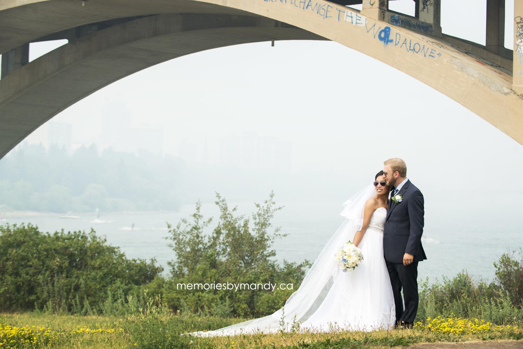 Saskatoon wedding photographer (68).jpg