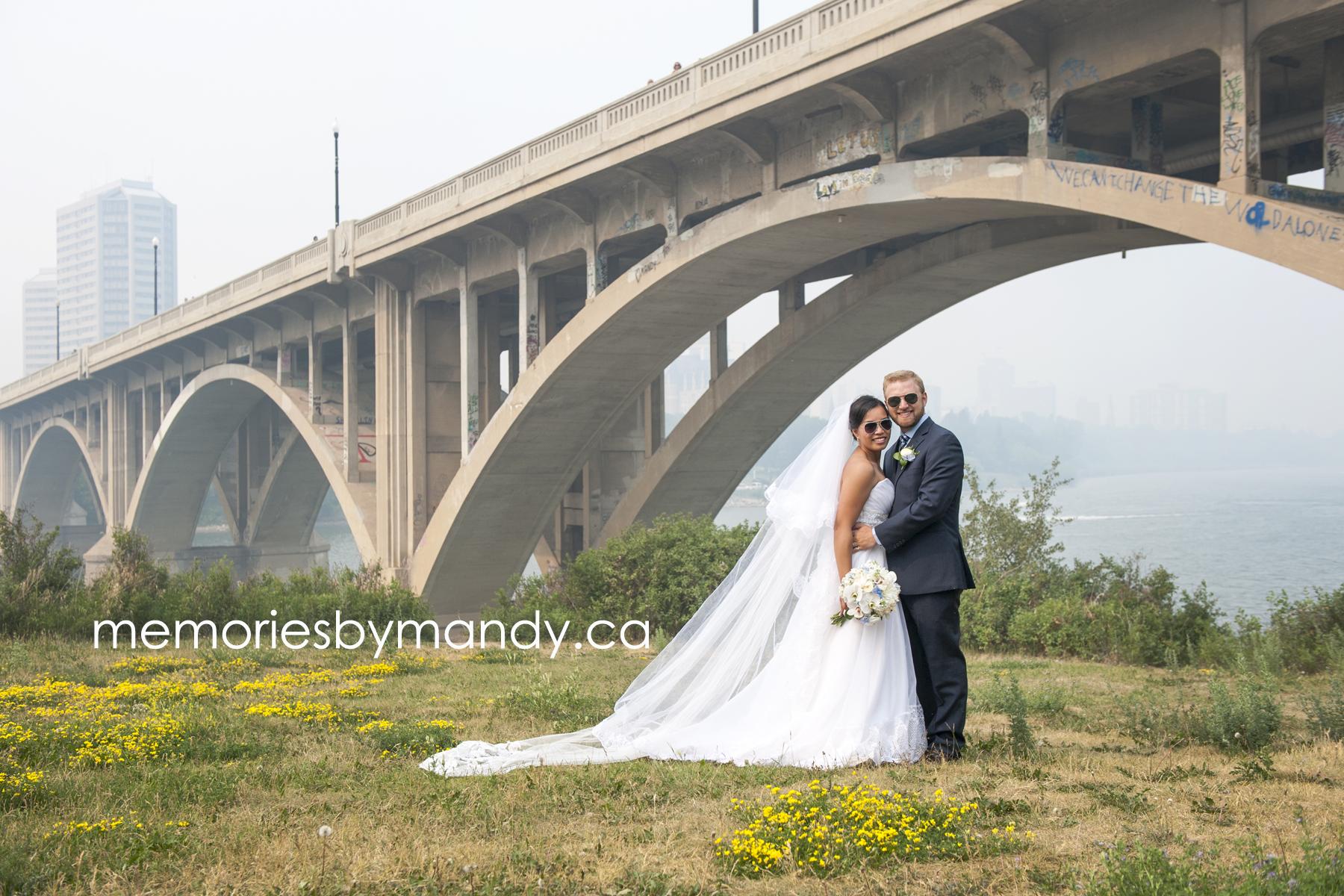 Saskatoon wedding photographer (67).jpg