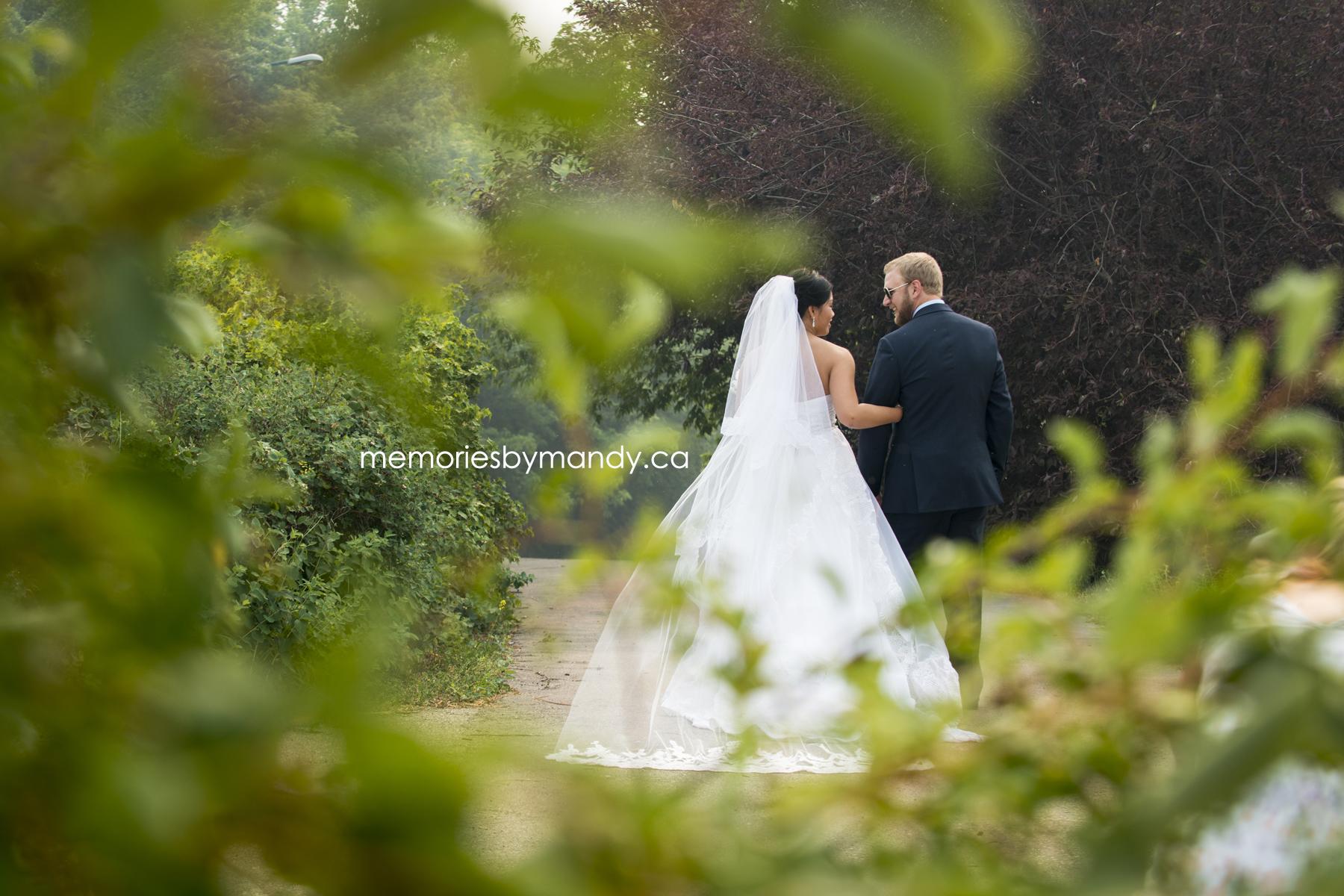 Saskatoon wedding photographer (75).jpg