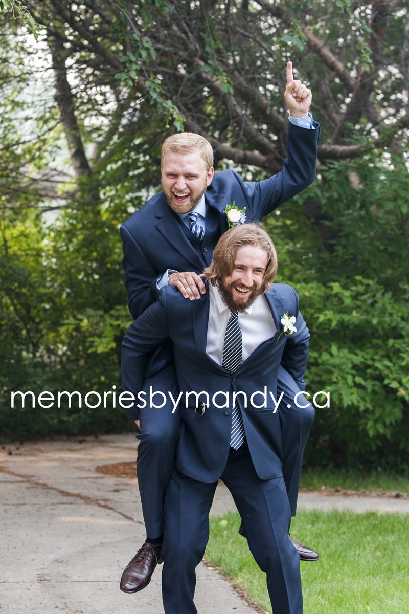 Saskatoon wedding photographer (77).jpg