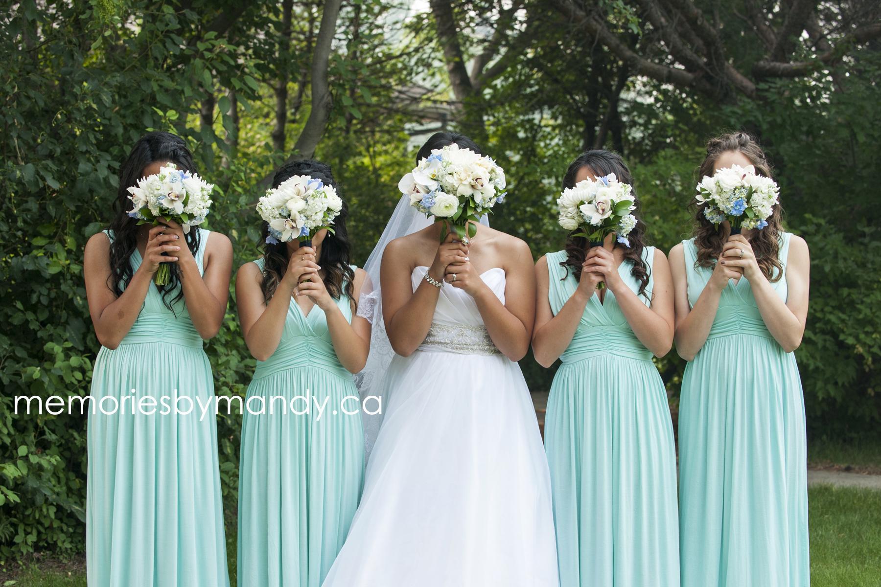 Saskatoon wedding photographer (82).jpg