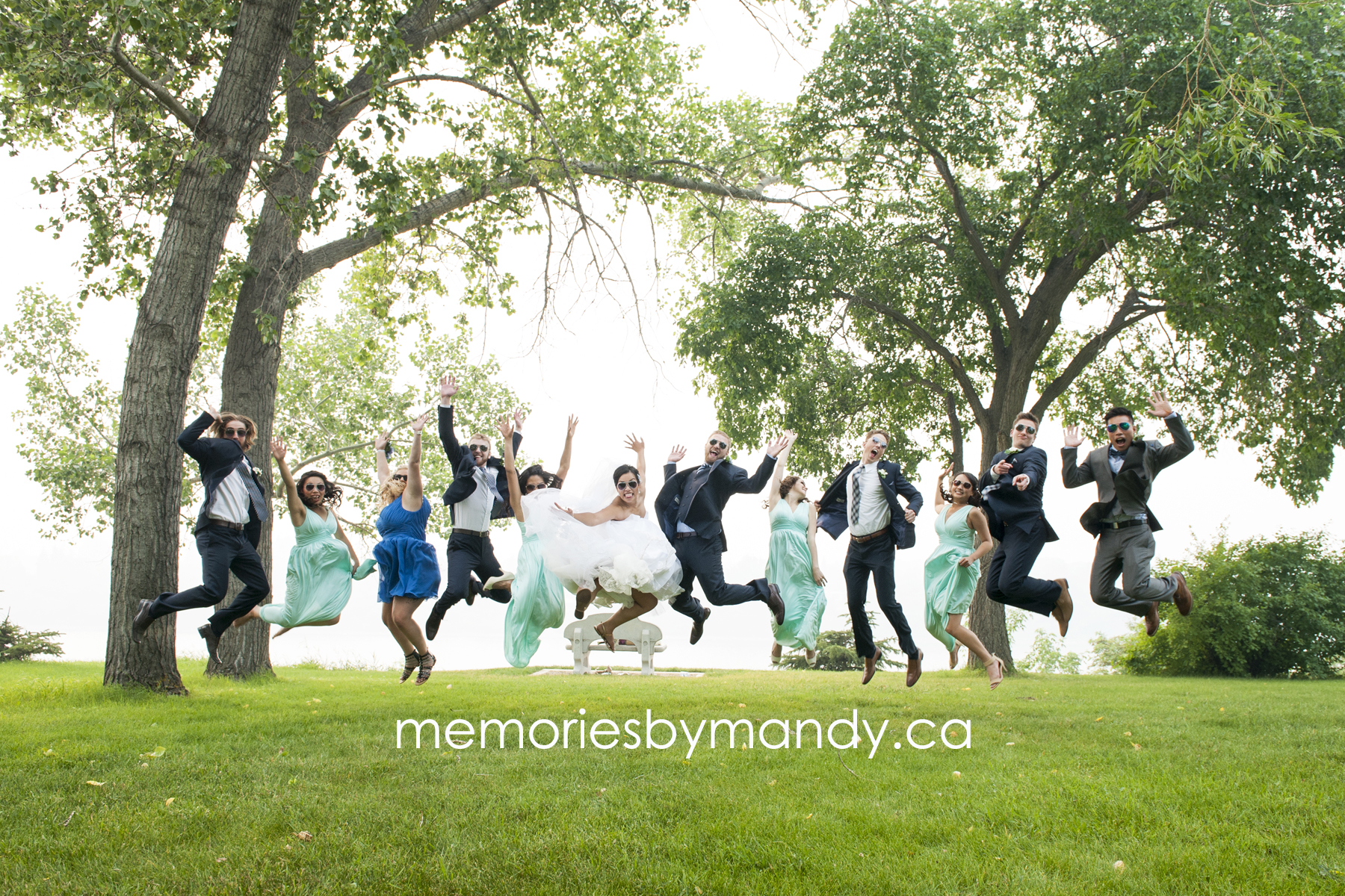 Saskatoon wedding photographer (84).jpg