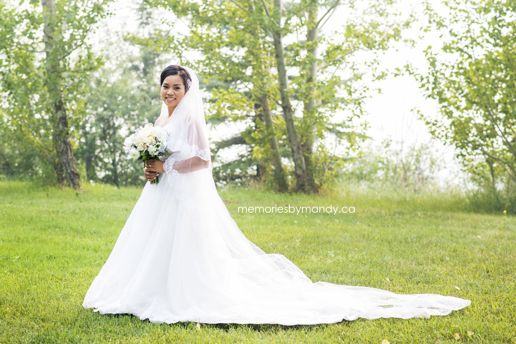Saskatoon wedding photographer (87).jpg