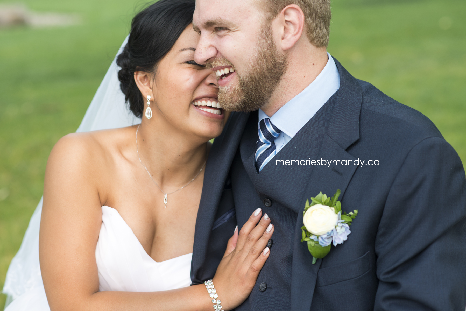 Saskatoon wedding photographer (92).jpg