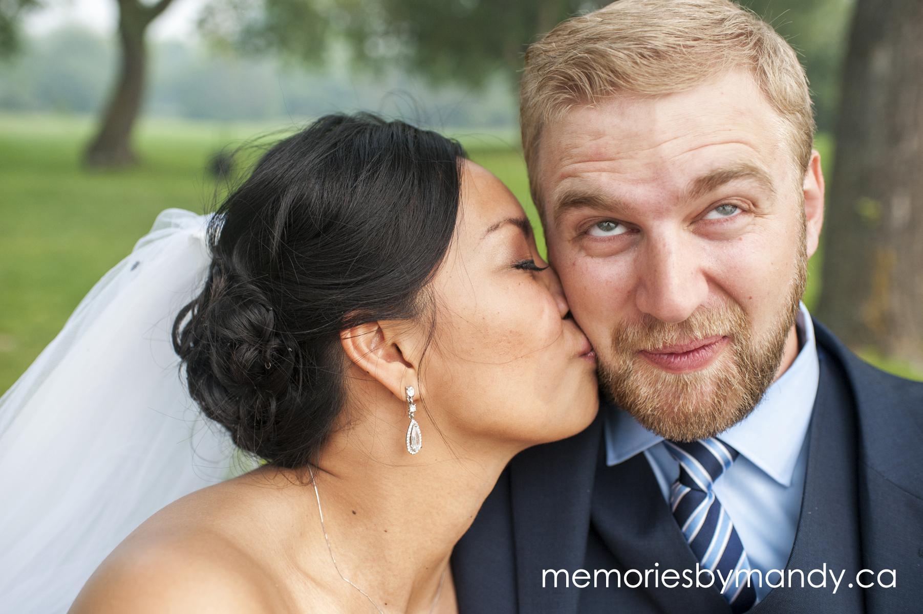 Saskatoon wedding photographer (93).jpg