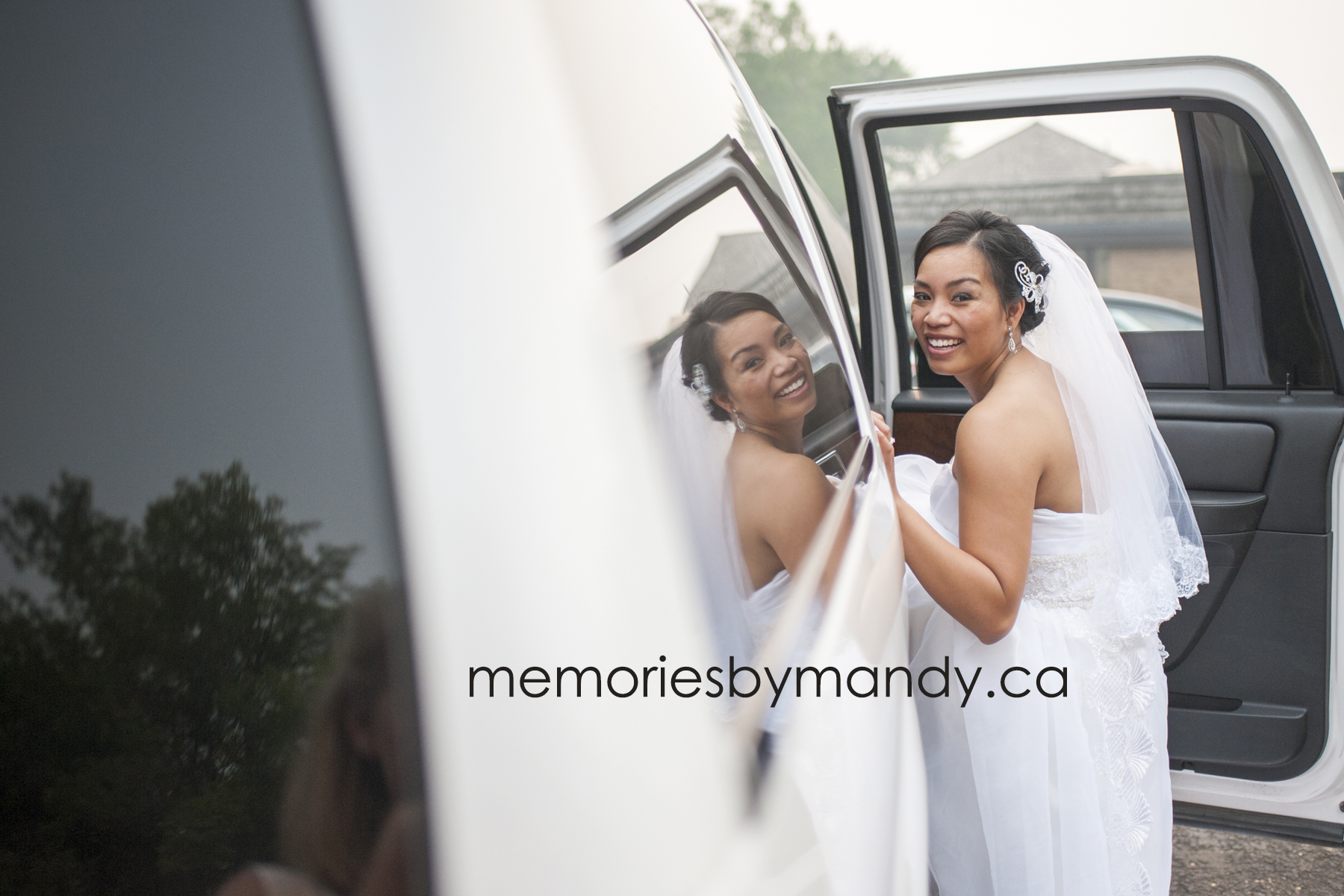 Saskatoon wedding photographer (98).jpg