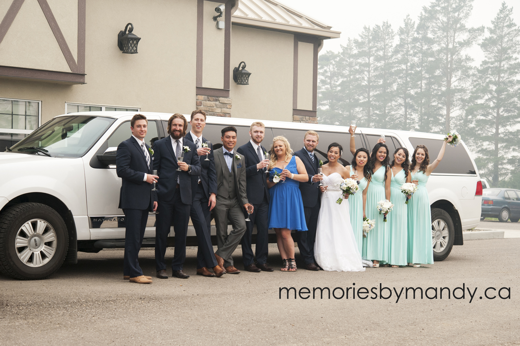 Saskatoon wedding photographer (107).jpg