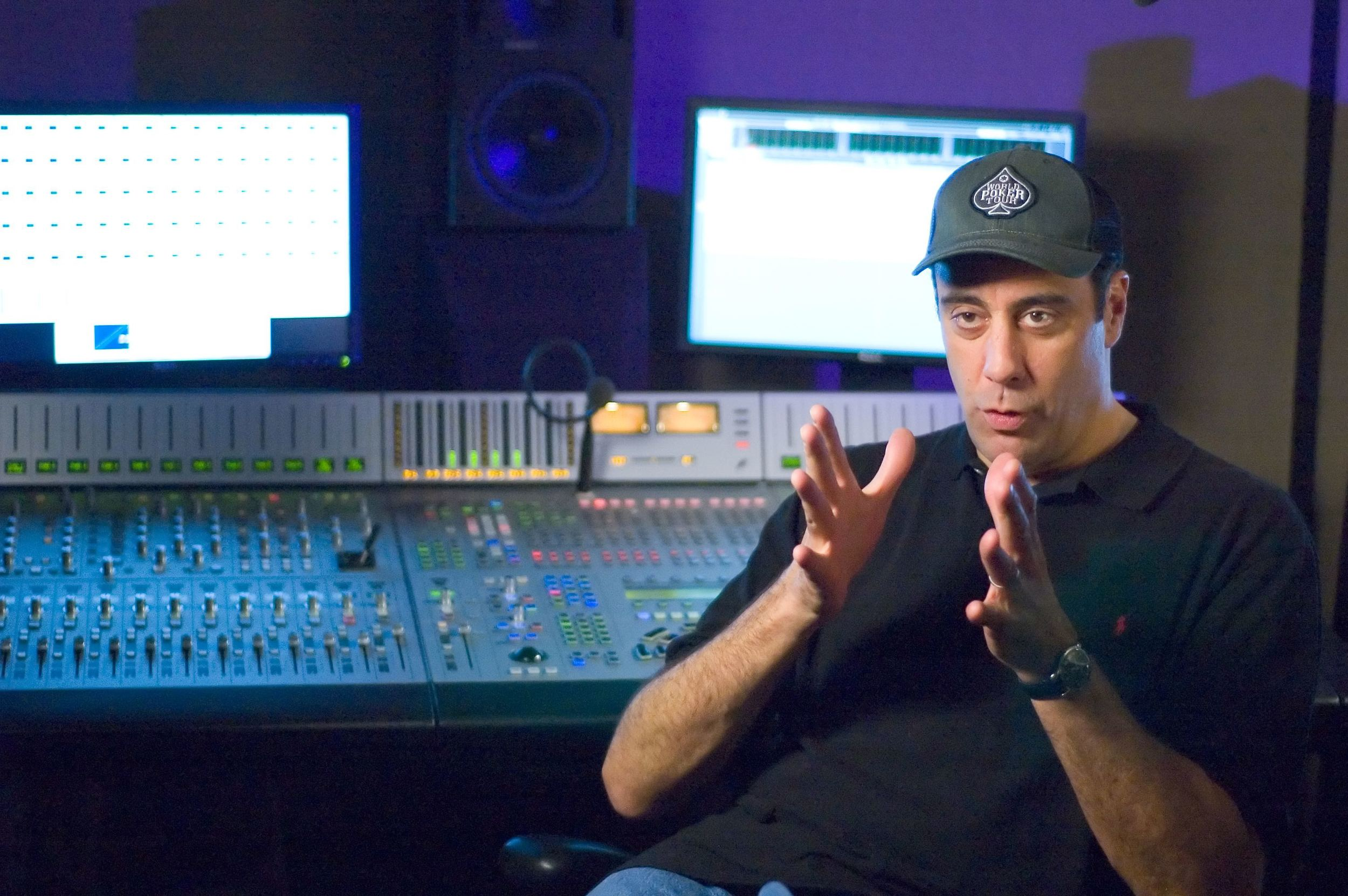 Brad Garrett (Charlee) filming an interview about his experience working on the film
